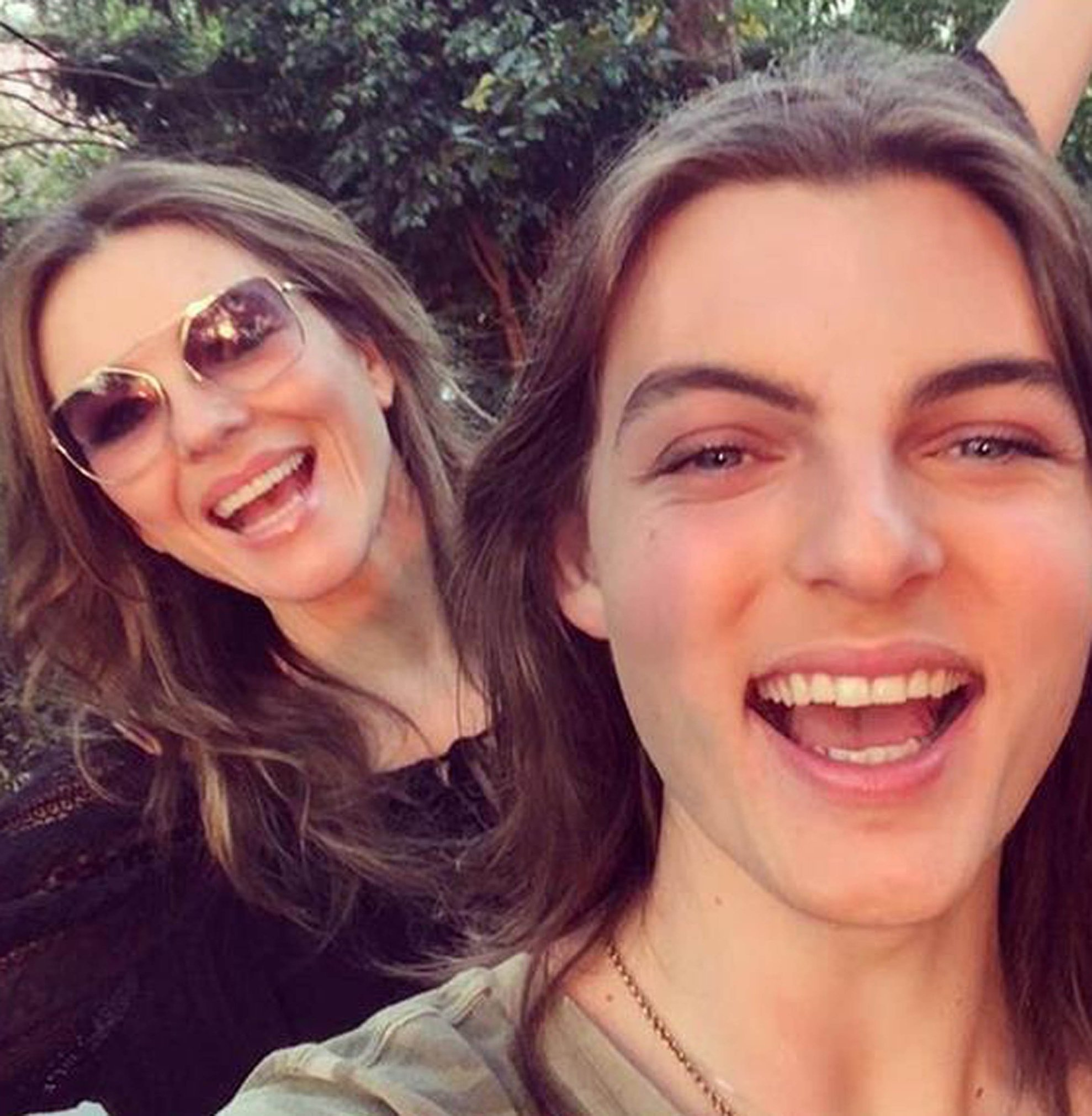 5-4-2019  Celebrity Selfies  Pictured: Elizabeth and Damian Hurley, Image: 424532342, License: Rights-managed, Restrictions: , Model Release: no, Credit line: Profimedia, Planet