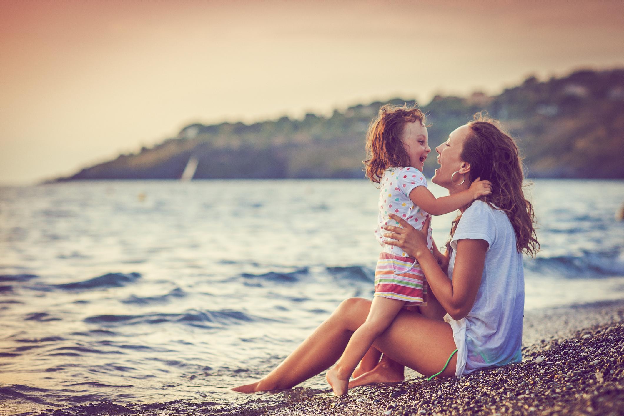 Za dobar odnos majka - kći, prvo treba naučiti da ljubav nije isto što i žrtvovanje.