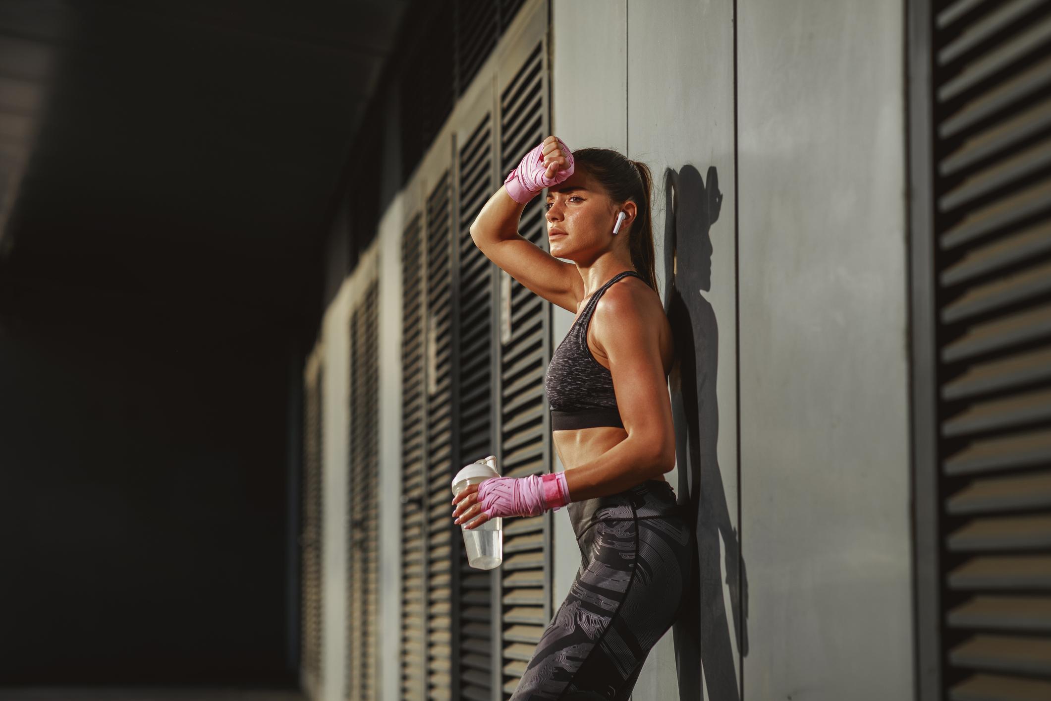 Gotovo je nemoguće održati zdravu težinu samo vježbajući, jer vrlo vjerojatno nećete ostvariti potreban kalorijski deficit.