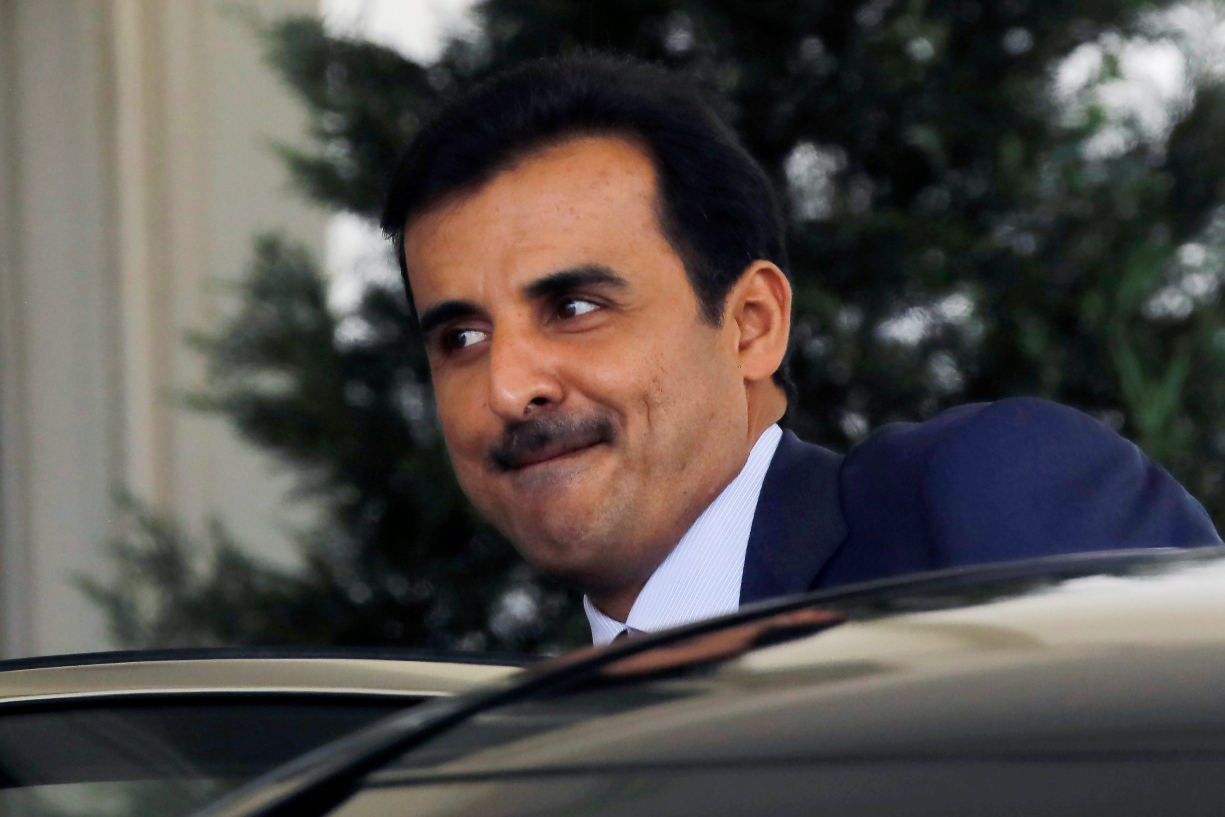 Qatar's Emir Sheikh Tamim bin Hamad Al-Thani departs the White House after a meeting with U.S. President Donald Trump in Washington, U.S., July 9, 2019. REUTERS/Carlos Barria