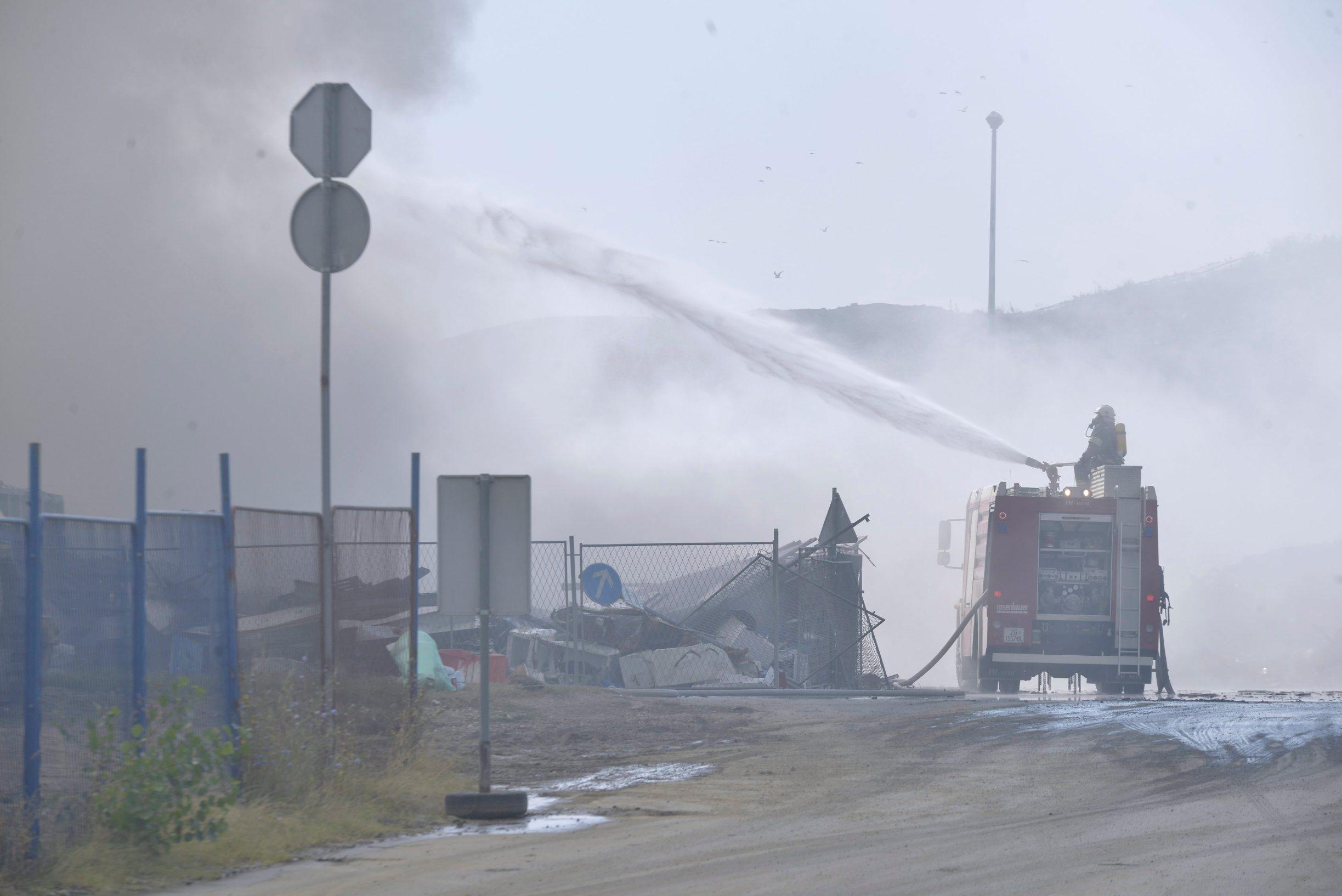Fotografije požarišta snimljene u četvrtak, 25.7.