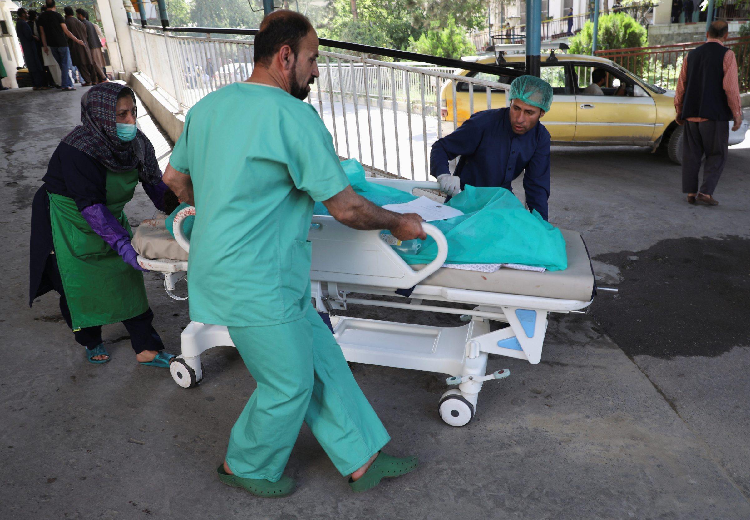Ozlijeđenog voze u bolnicu nakon novog napada u Kabulu