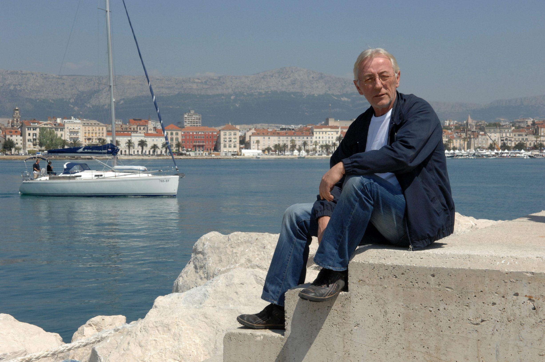 Split, 2200407 JUTARNJI/nedjelja Oliver Dragojevic, pjevac. Foto Mario Todoric