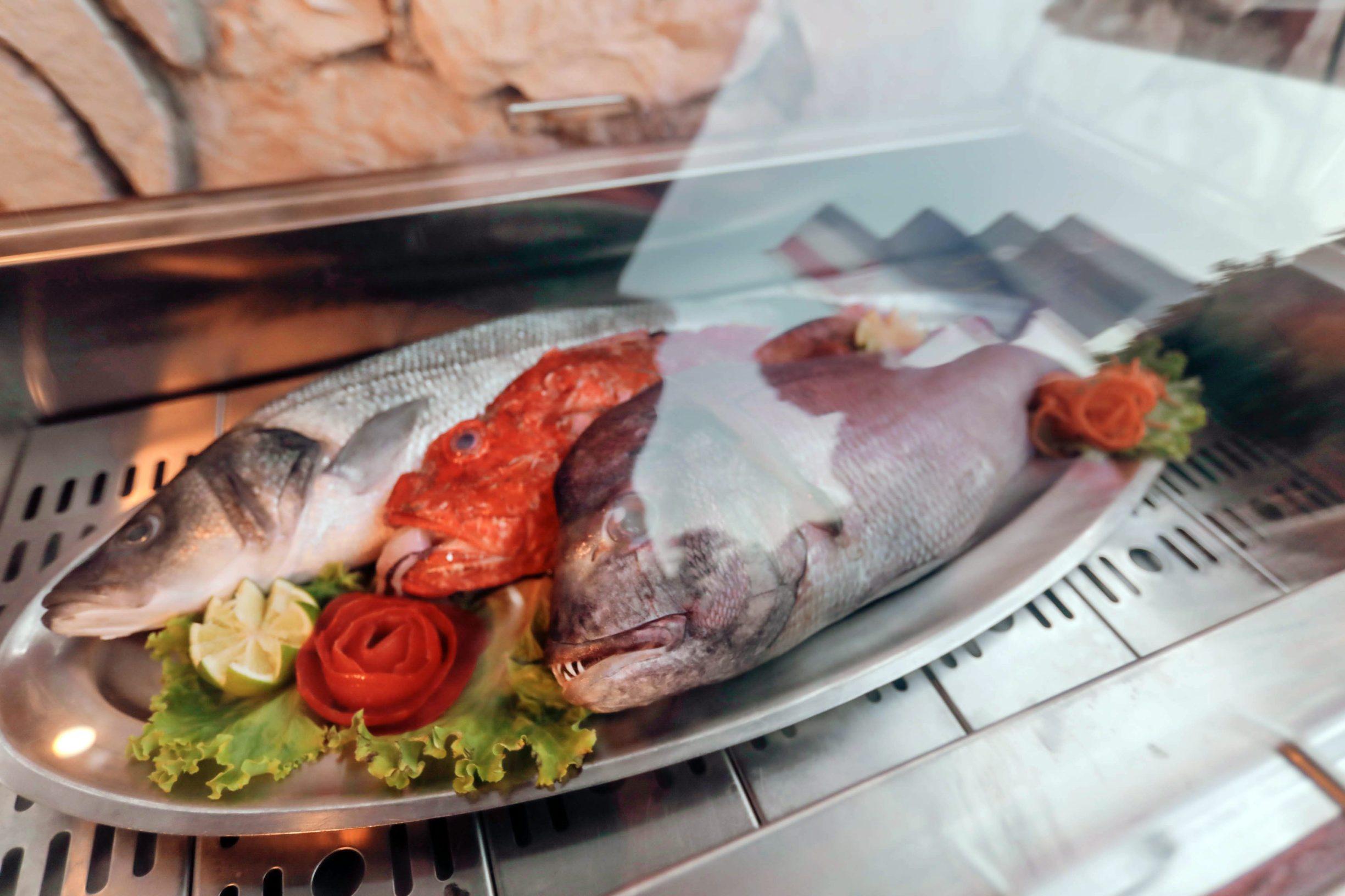 Zut, 190719. Ponuda ribe u restoranu Zut Na fotografiji ribe. Foto: Danijel Soldo / CROPIX