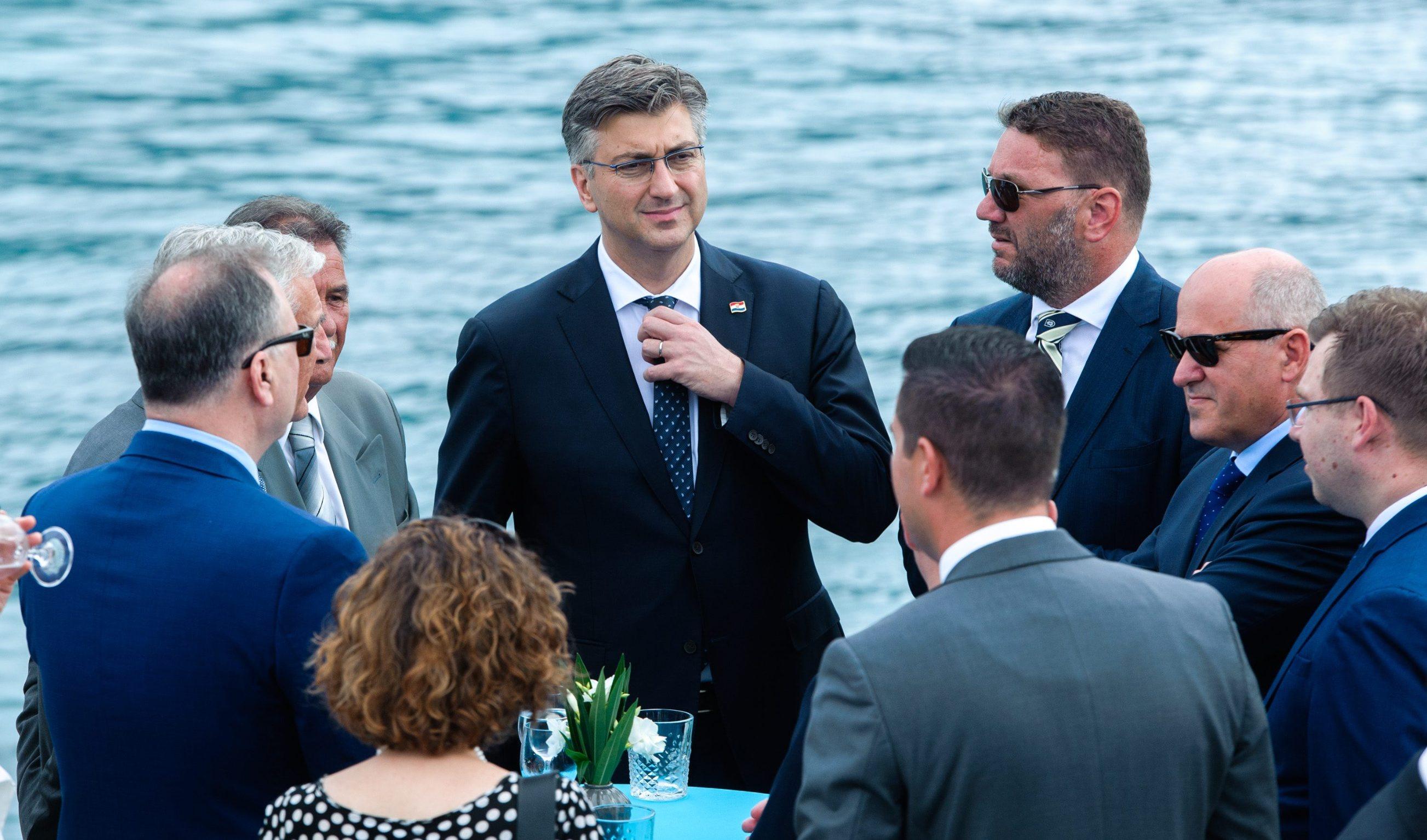 Premijer Plenković prilikom posjeta Korčuli