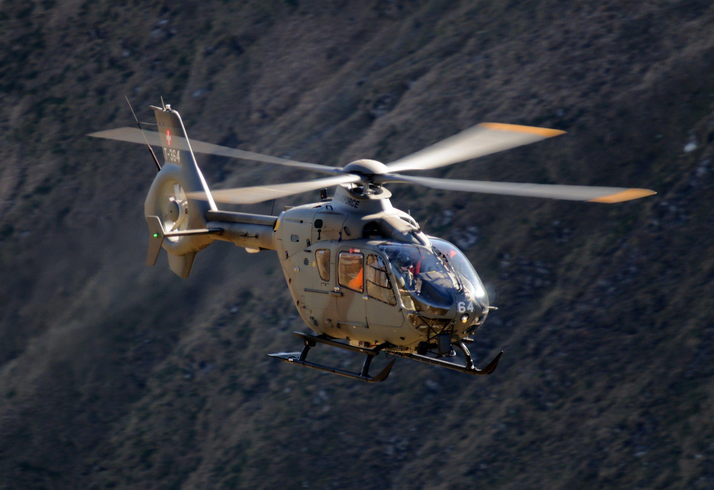 Helikopter švicarske vojske, arhivska fotografija