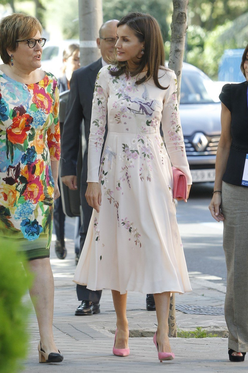 Madrid, SPAIN  - Queen Letizia of Spain attends the Cancer Research Summit organized by the International Association for the Fight against Cancer in Madrid on July 8, 2019.  BACKGRID USA 8 JULY 2019, Image: 455583433, License: Rights-managed, Restrictions: RIGHTS: WORLDWIDE EXCEPT IN SPAIN, Model Release: no, Credit line: Profimedia, Backgrid USA