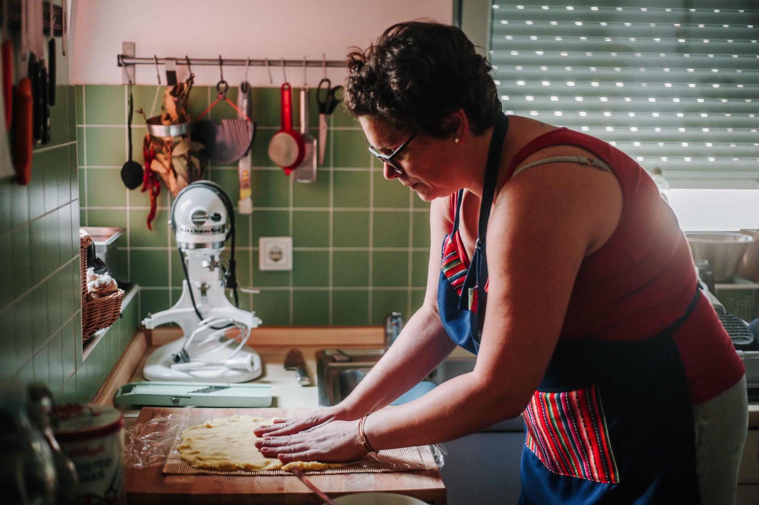 Zagreb , 030719. Sasa i Anamarija Frid pripremili su za magazin Dobra hrana peruanska  jela. Na slici je Anamarija Frid. Foto: Marko Miscevic / Cropix
