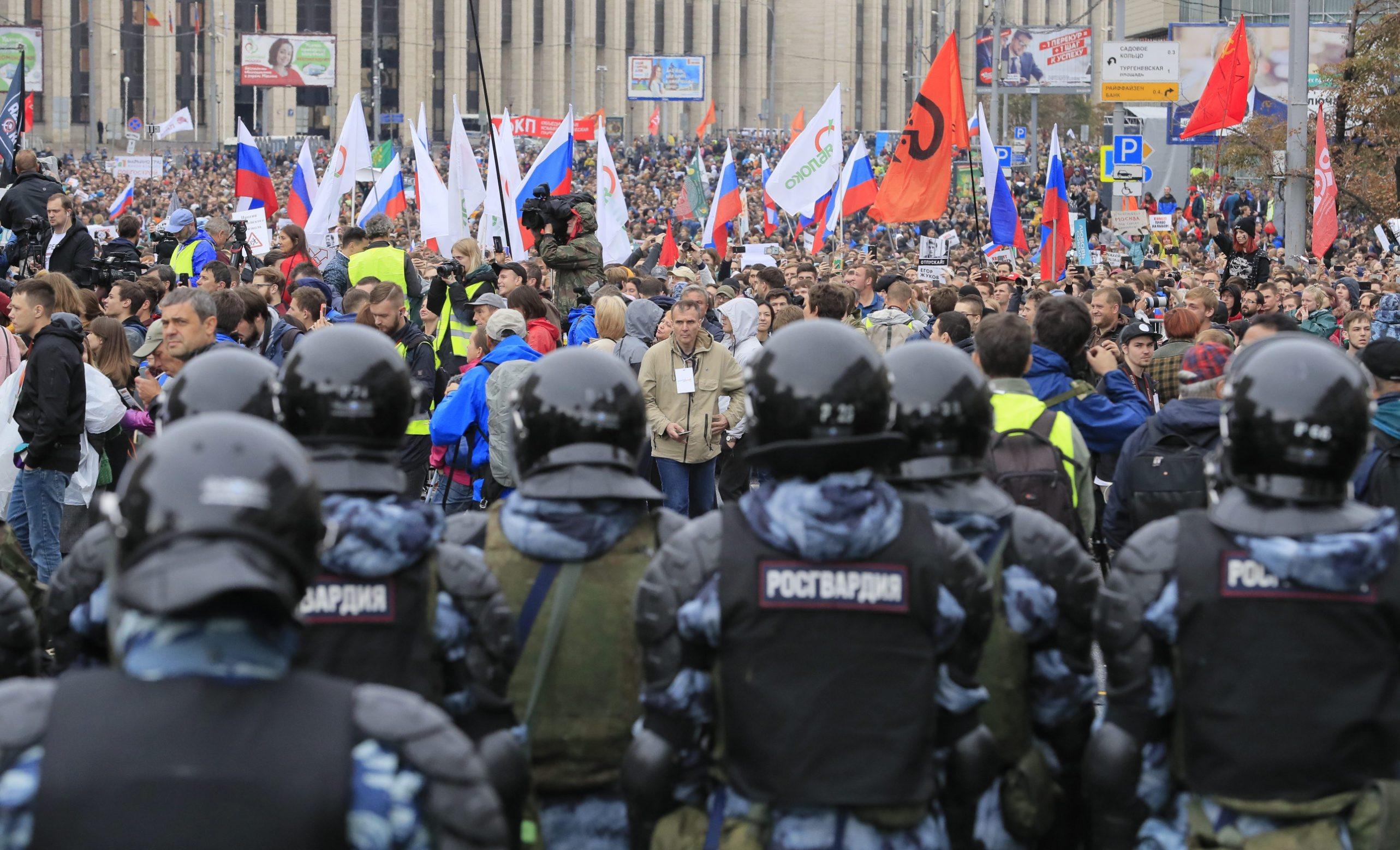 2019-08-10T134919Z_1232660420_UP1EF8A12E7J1_RTRMADP_3_RUSSIA-POLITICS-PROTESTS
