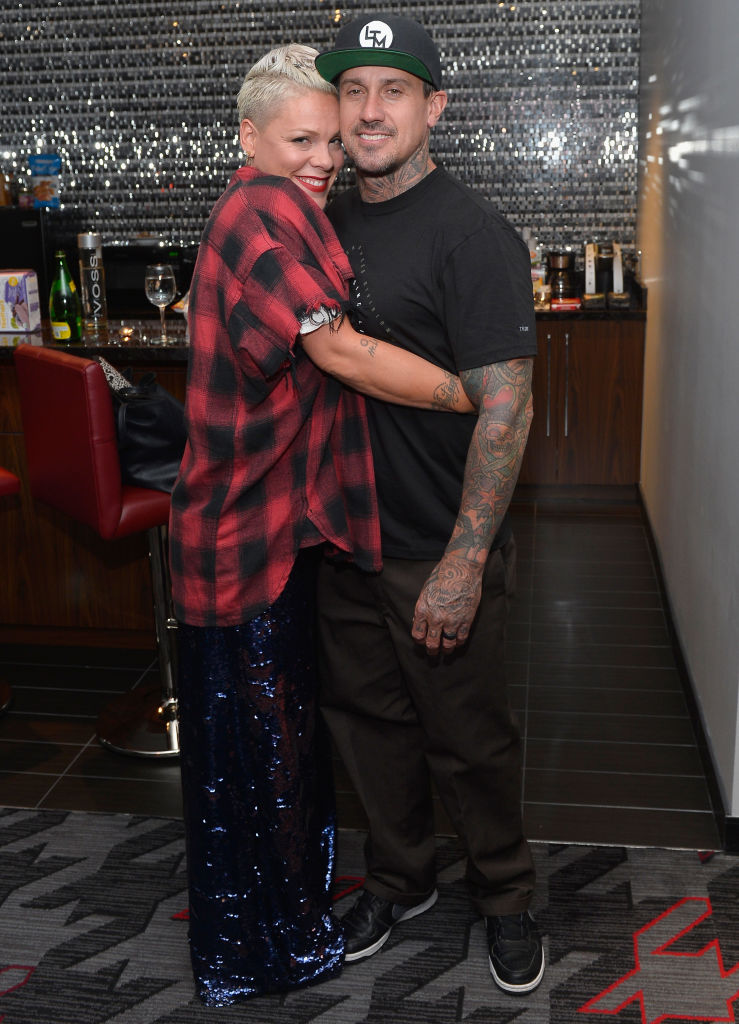 LAS VEGAS, NV - OCTOBER 05:  Recording artist Pink (L) and Carey Hart attend a surprise event in support of Carey Hart's Good Ride Rally benefiting Infinite Hero Foundation at The D Bar, at the D Las Vegas on October 5, 2017 in Las Vegas, Nevada.  (Photo by Bryan Steffy/Getty Images for the D Las Vegas)