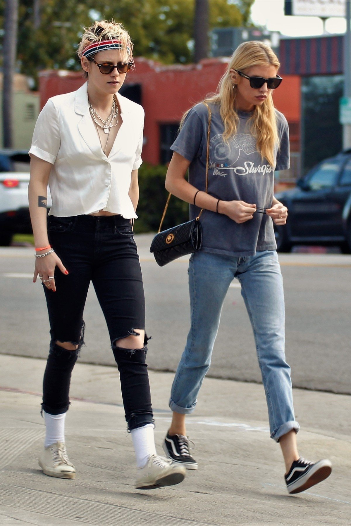 Los Feliz, CA  - *EXCLUSIVE*  - Kristen Stewart steps out on a dinner date with ex girlfriend Stella Maxwell. The pair went on a low key date, they sat very close together and afterwards headed to Kristen's home in Los Feliz. Kristen was dating Sara Dinkin but it now looks like she might be rekindling her relationship with Stella.  Pictured: Kristen Stewart, Stella Maxwell    *UK Clients - Pictures Containing Children Please Pixelate Face Prior To Publication*, Image: 435093180, License: Rights-managed, Restrictions: , Model Release: no, Credit line: Profimedia, Backgrid USA