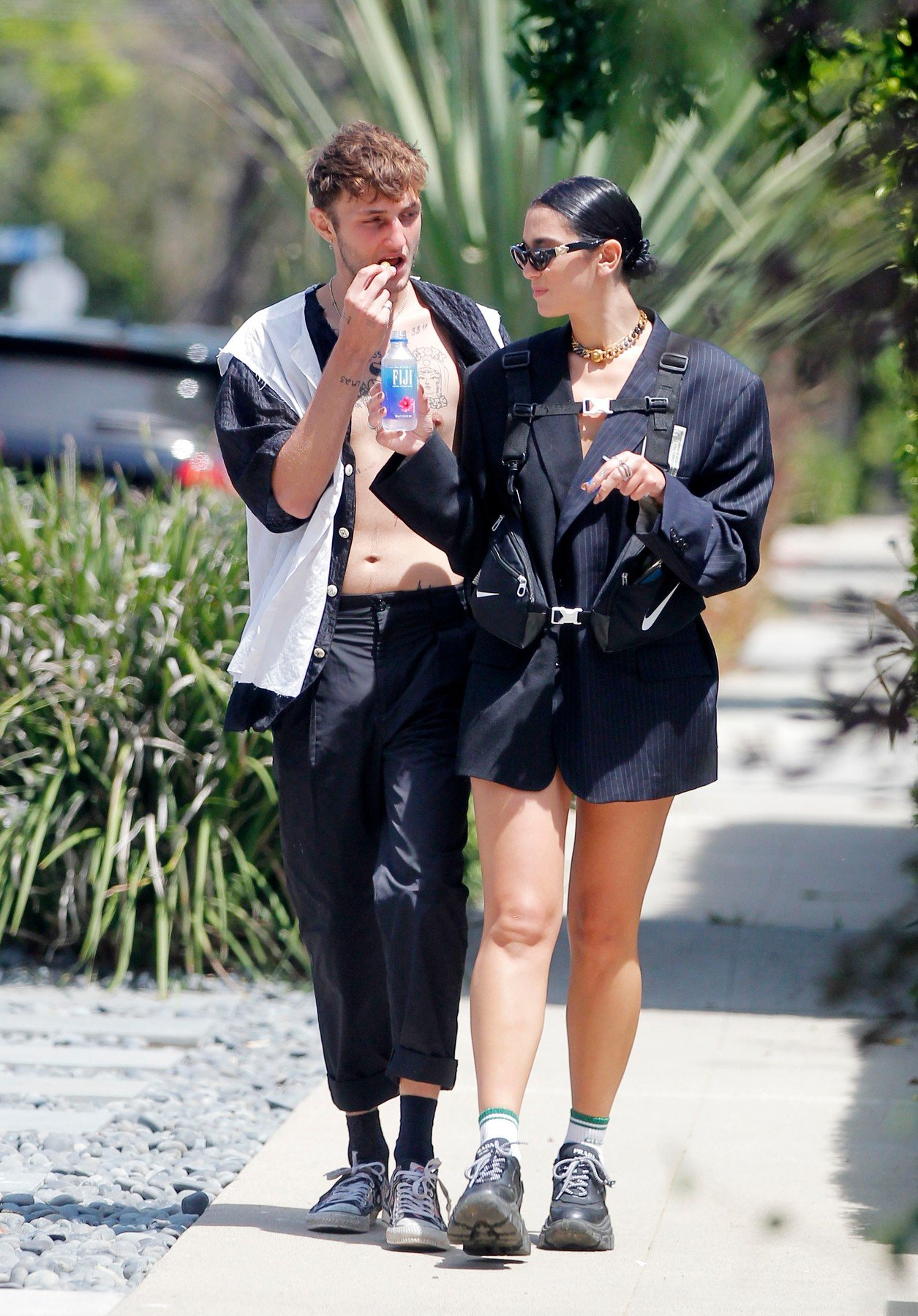 FIA EXCLU! Dua Lipa and boyfriend Anwar Hadid going strong as they hold each others hand. The new couple were spotted sharing some snack and Fiji water as the visit friends in beverly hills..08/18/19, Image: 466018150, License: Rights-managed, Restrictions: , Model Release: no, Credit line: Profimedia, FIA