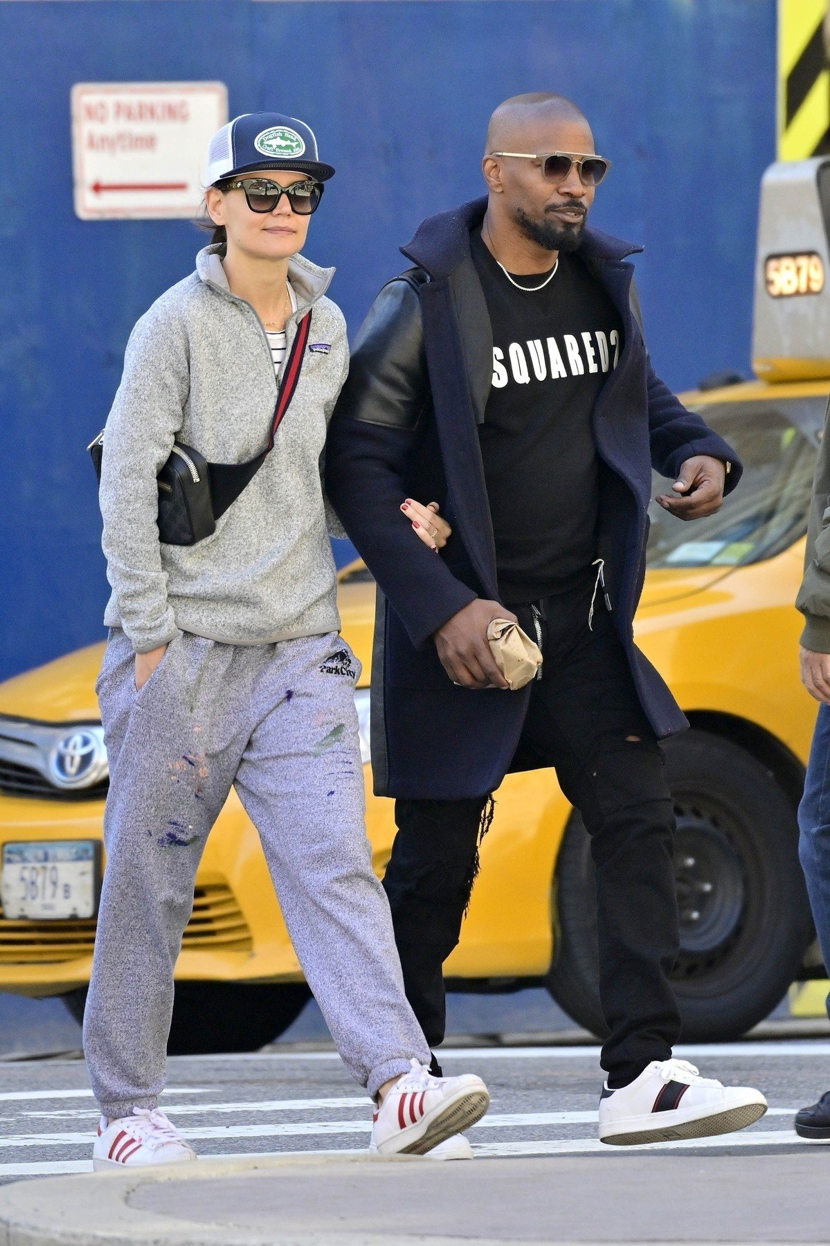 ** RIGHTS: WORLDWIDE EXCEPT IN FRANCE, GERMANY, POLAND ** New York, NY  - *EXCLUSIVE*  - Katie Holmes and Jamie Foxx show their love for each other as they hold hands after brunch. The duo are seen heading to Katie's apartment.  Pictured: Jamie Foxx, Katie Holmes  BACKGRID USA 16 APRIL 2019, Image: 426442972, License: Rights-managed, Restrictions: , Model Release: no, Credit line: Profimedia, Backgrid USA