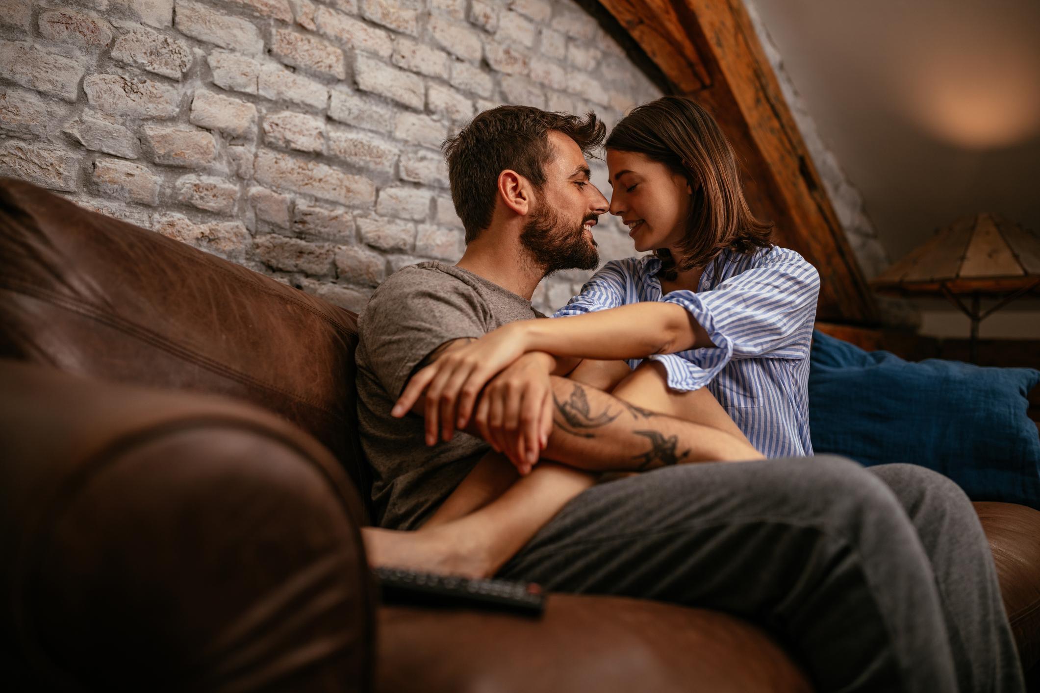 Ljubav i partnerski odnos podrazumijevaju i obostrano poštovanje.