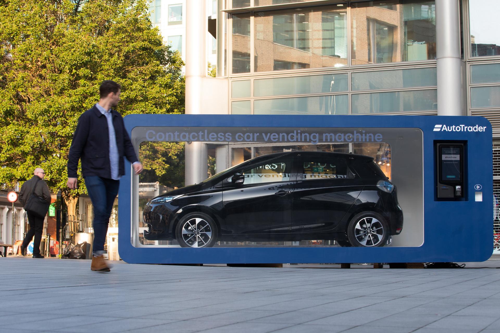 0baf47cb-car-vending-machine-london-3