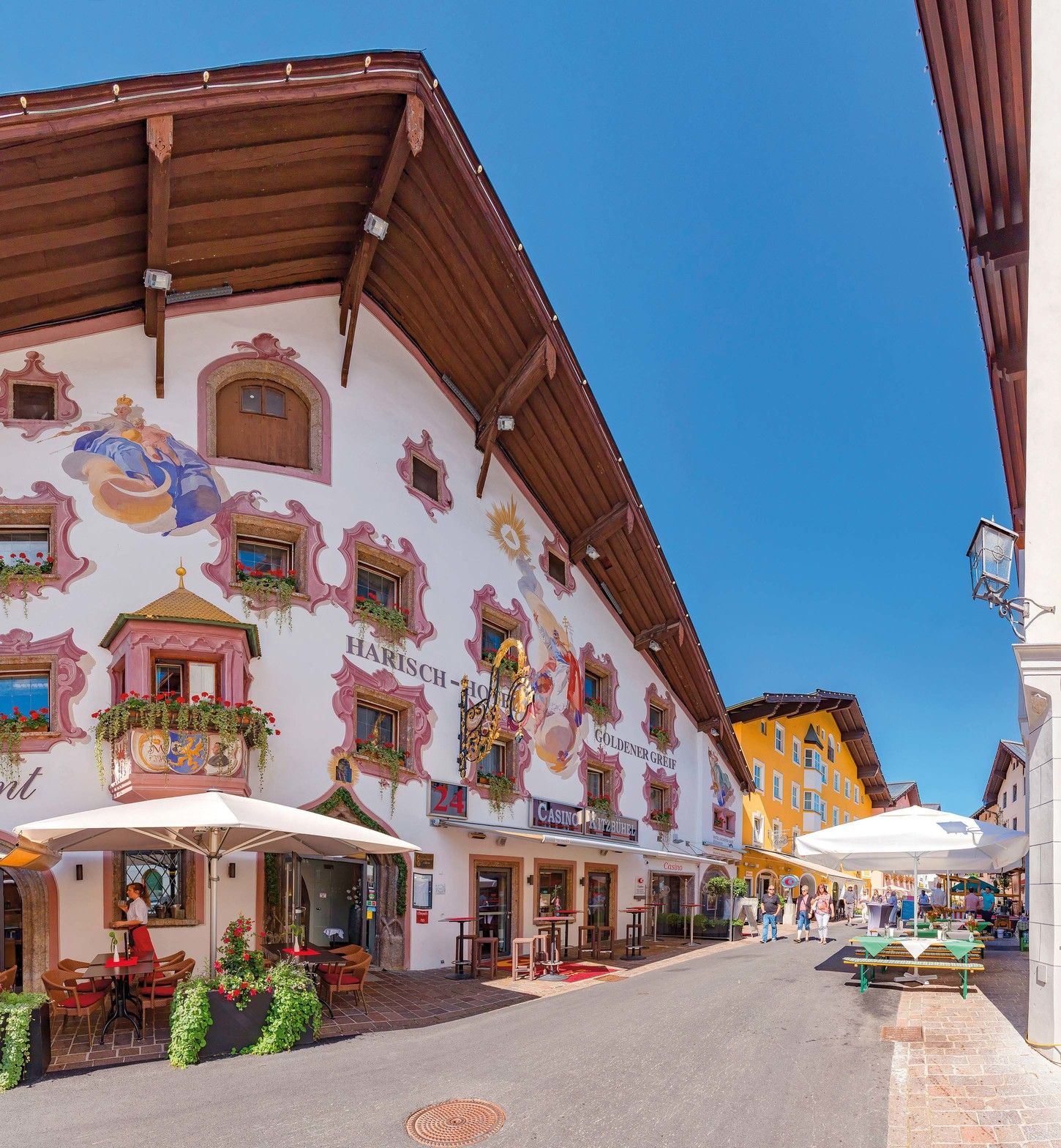 Kitzbuhel, Austria, Decorated hotel, guesthouse at the Hinterstadt street. (Photo by: Prisma Bildagentur/Universal Images Group via Getty Images)