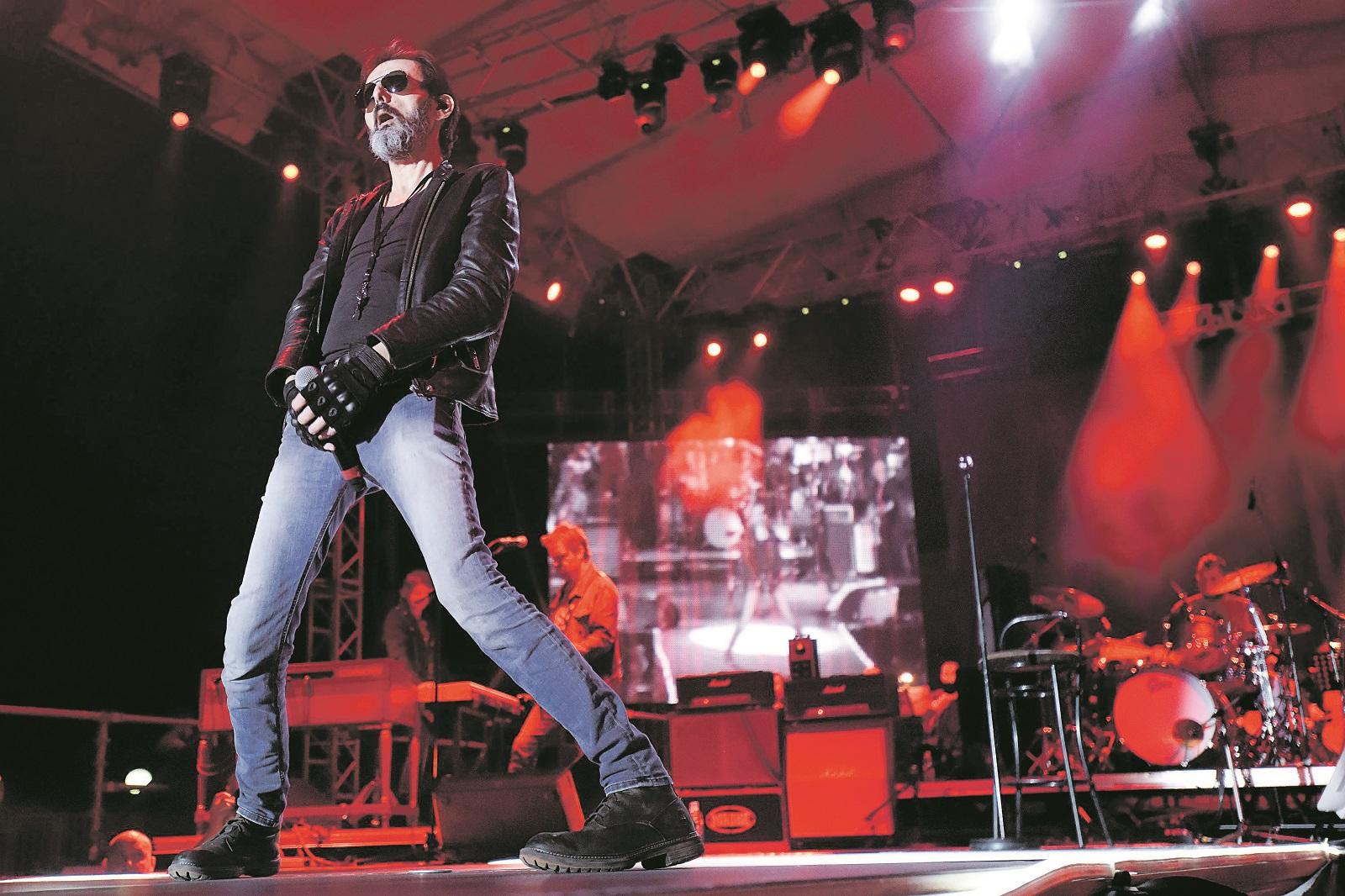 Zagreb, 010619. Goran Bare koncertom na zagrebackoj Salati slavi 30 godina rokerske karijere. Foto: Darko Tomas / CROPIX