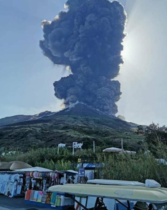 Erupcija vulkana Stromboli