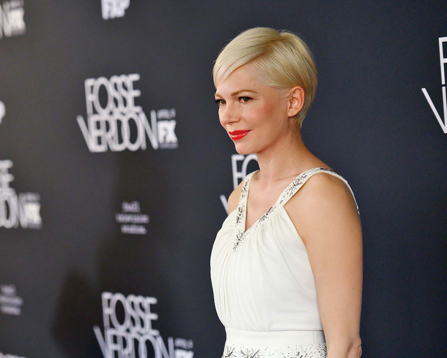 NEW YORK, NEW YORK - APRIL 08: Michelle Williams attends the New York Premiere for FX's