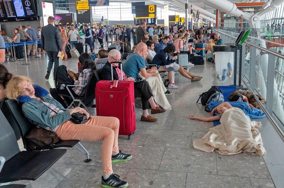 Putnici na londonskom aerodromu Heathrow