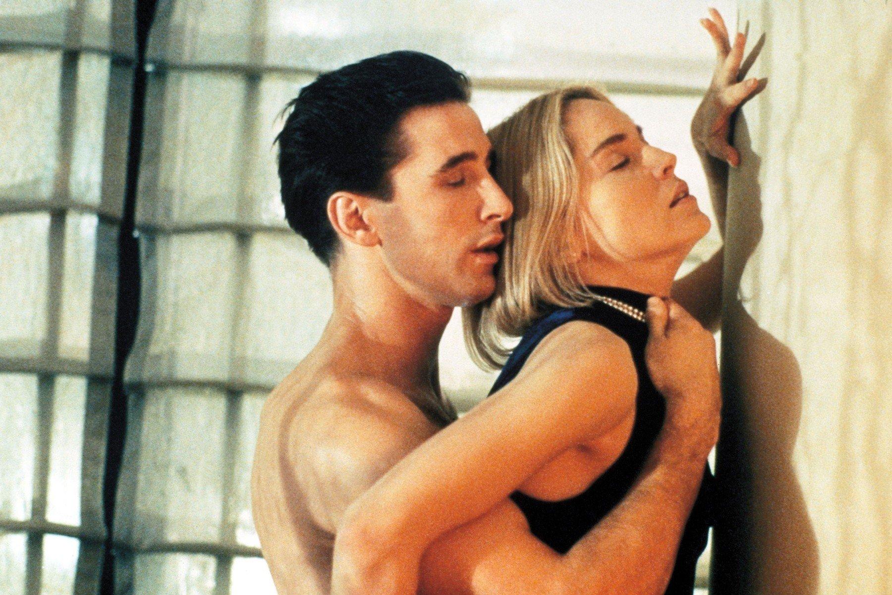 William Baldwin i Sharon Stone u filmu 'Sliver'