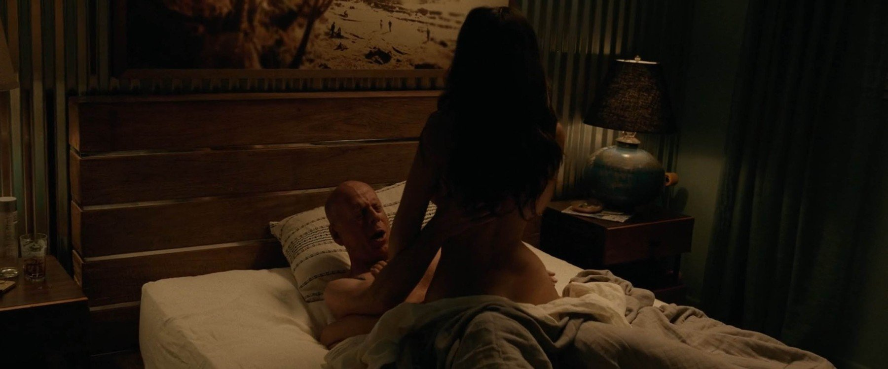 19-6-2017  Jessica Gomes goes nude in sex scenes with Bruce Willis in new film