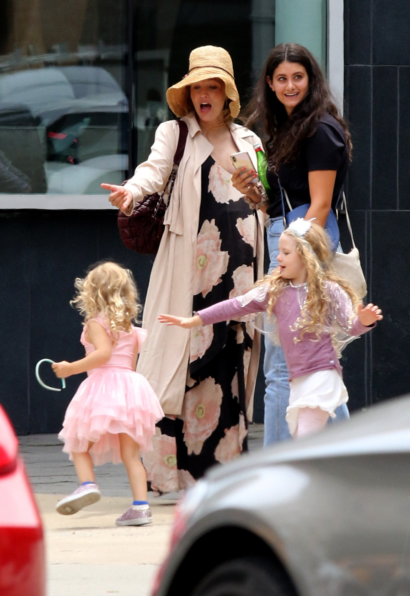 Blake Lively shows her baby bump in a floral dress while hailing a cab with her daughters, Inez and James in Downtown Manhattan.  Blake was all smiles as she was seen chatting with a friend while her daughters were dressed in costumes and played around her. 05 Aug 2019, Image: 462553569, License: Rights-managed, Restrictions: World Rights, Model Release: no, Credit line: Profimedia, Mega Agency