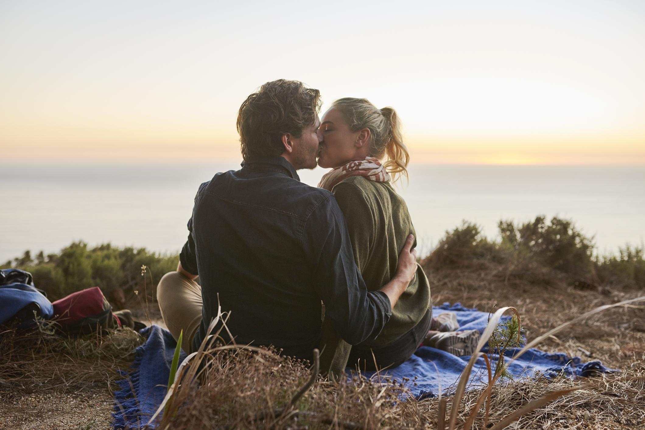 Zaboravite na romantiku kakvu vidite u filmovima i kod mladih parova...