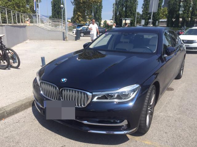 BMW_na_invalidskom_mjestu-3
