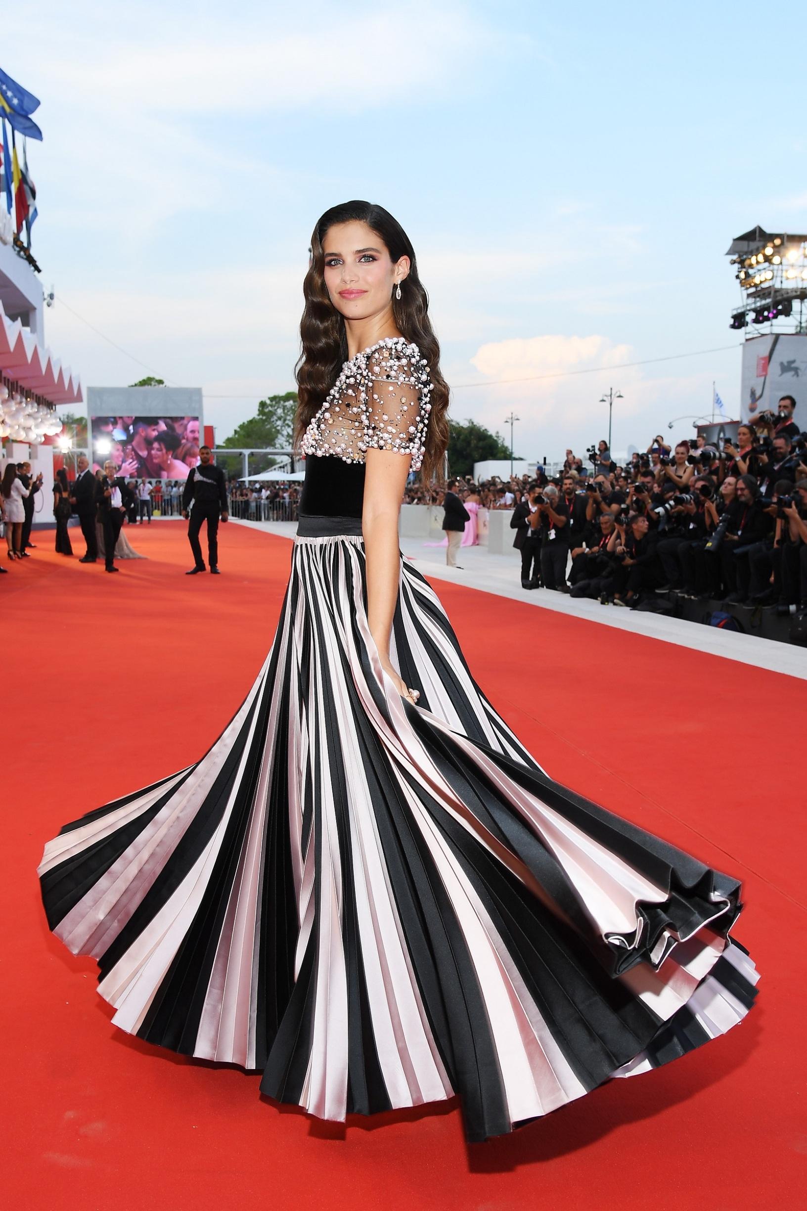 VENICE, ITALY - AUGUST 31: Sara Sampaio walks the red carpet ahead of the
