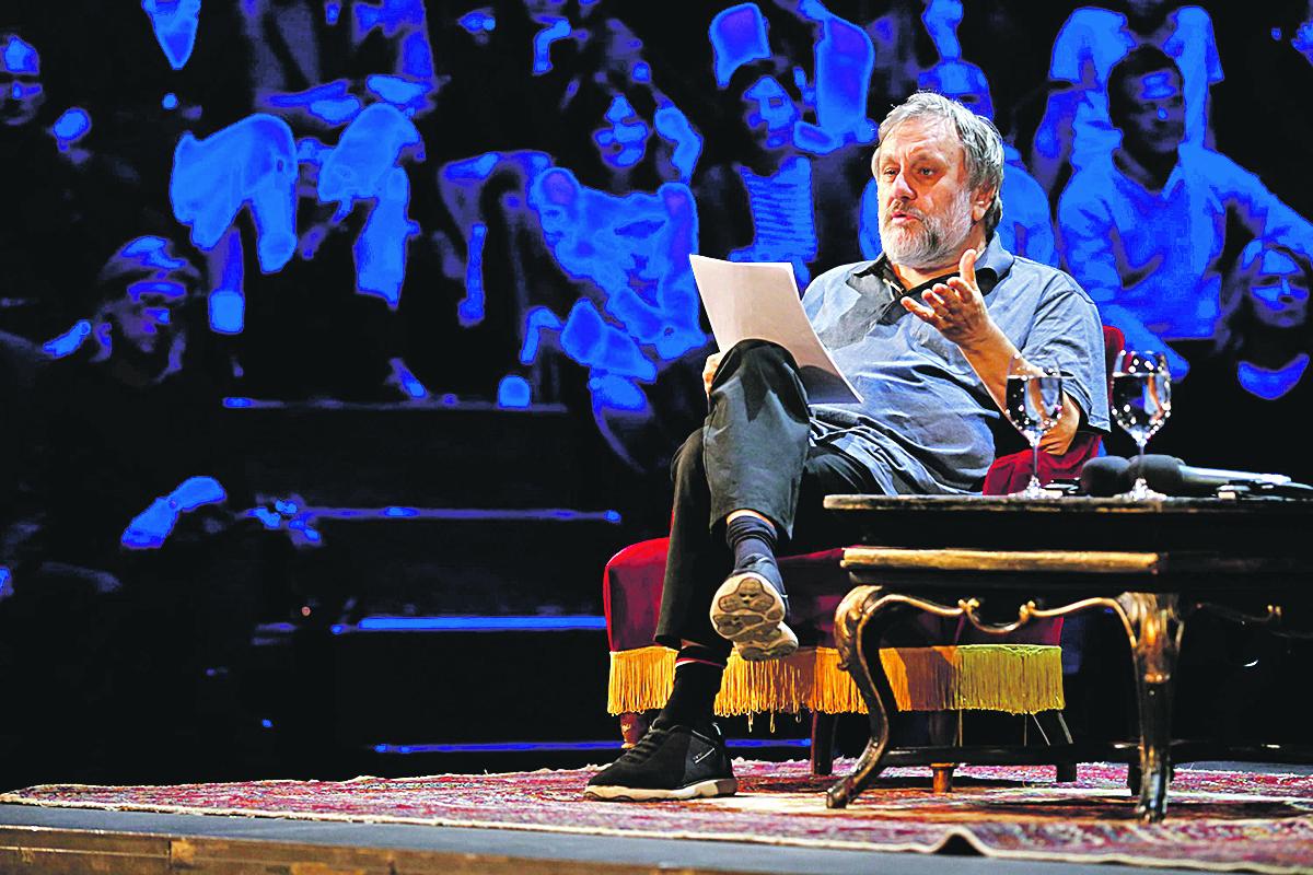 Zagreb, 040519. HNK. Filozof Slavoj Zizek gostovao na Filozofskom teatru u HNK. Na fotografiji: Slavoj Zizek. Foto: Marko Todorov / CROPIX