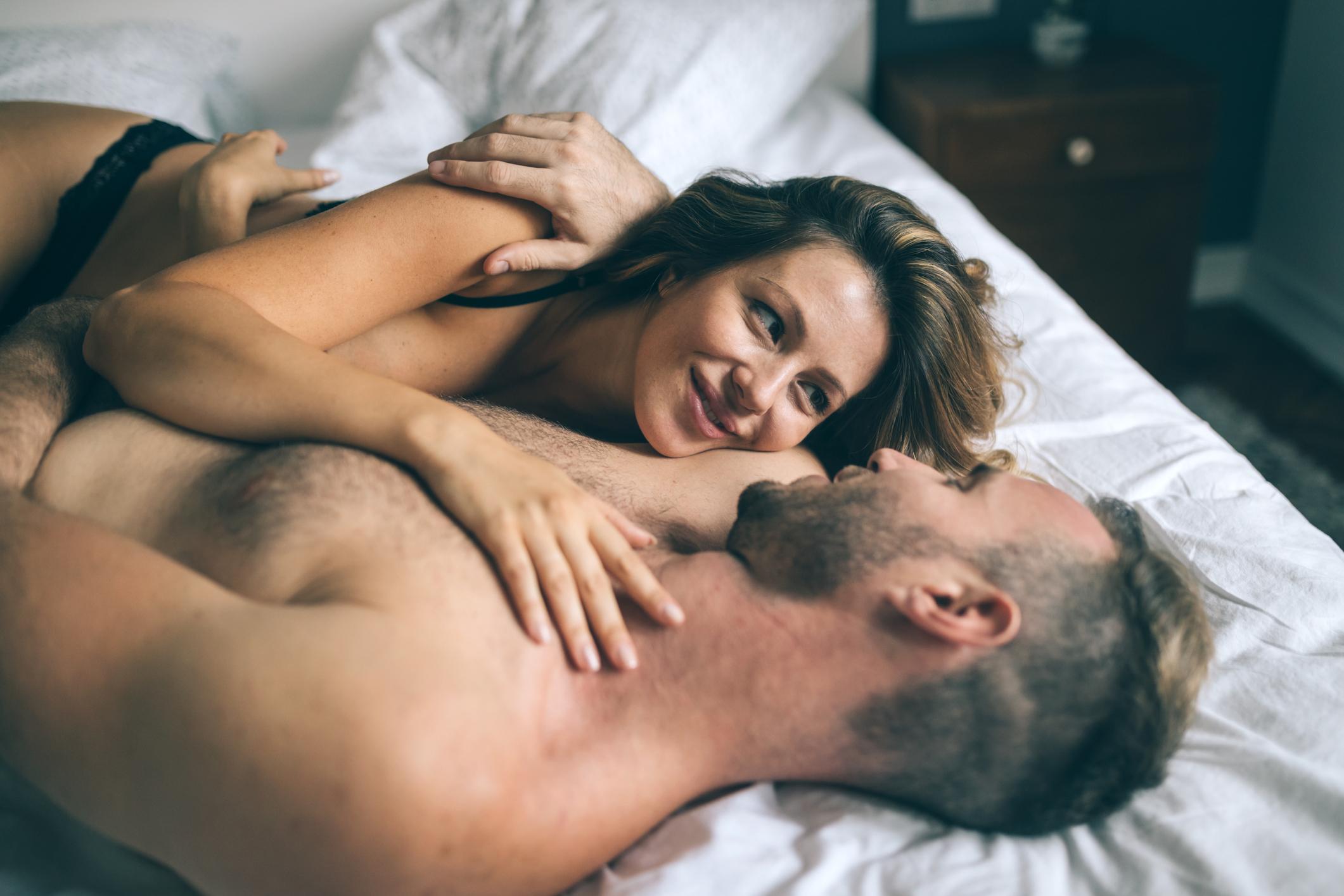 Otkrivajte partnerovo tijelo iznova i iznova te pritom izbjegavajte dobro poznate pokrete.
