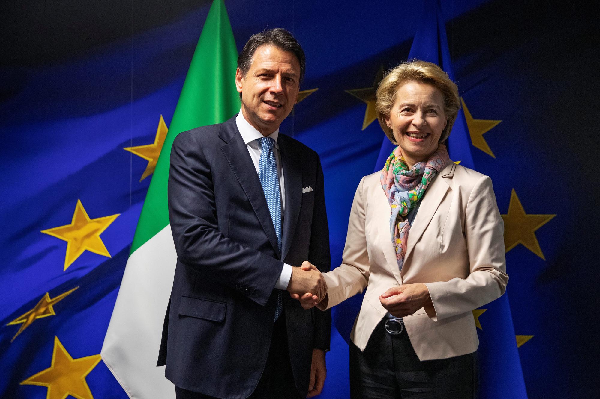 Giuseppe Conte i Ursula von der Leyen