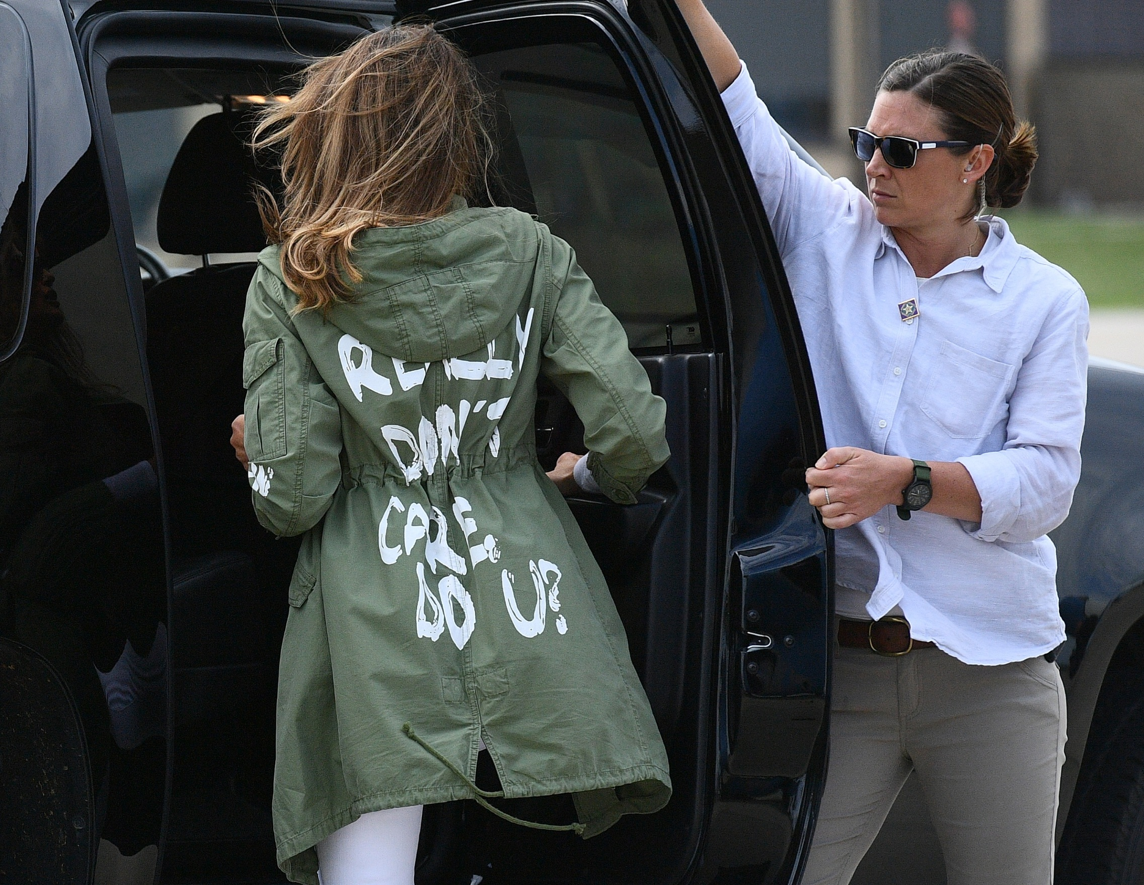 US First Lady Melania Trump departs Andrews Air Rorce Base in Maryland June 21, 2018 wearing a jacket emblazoned with the words