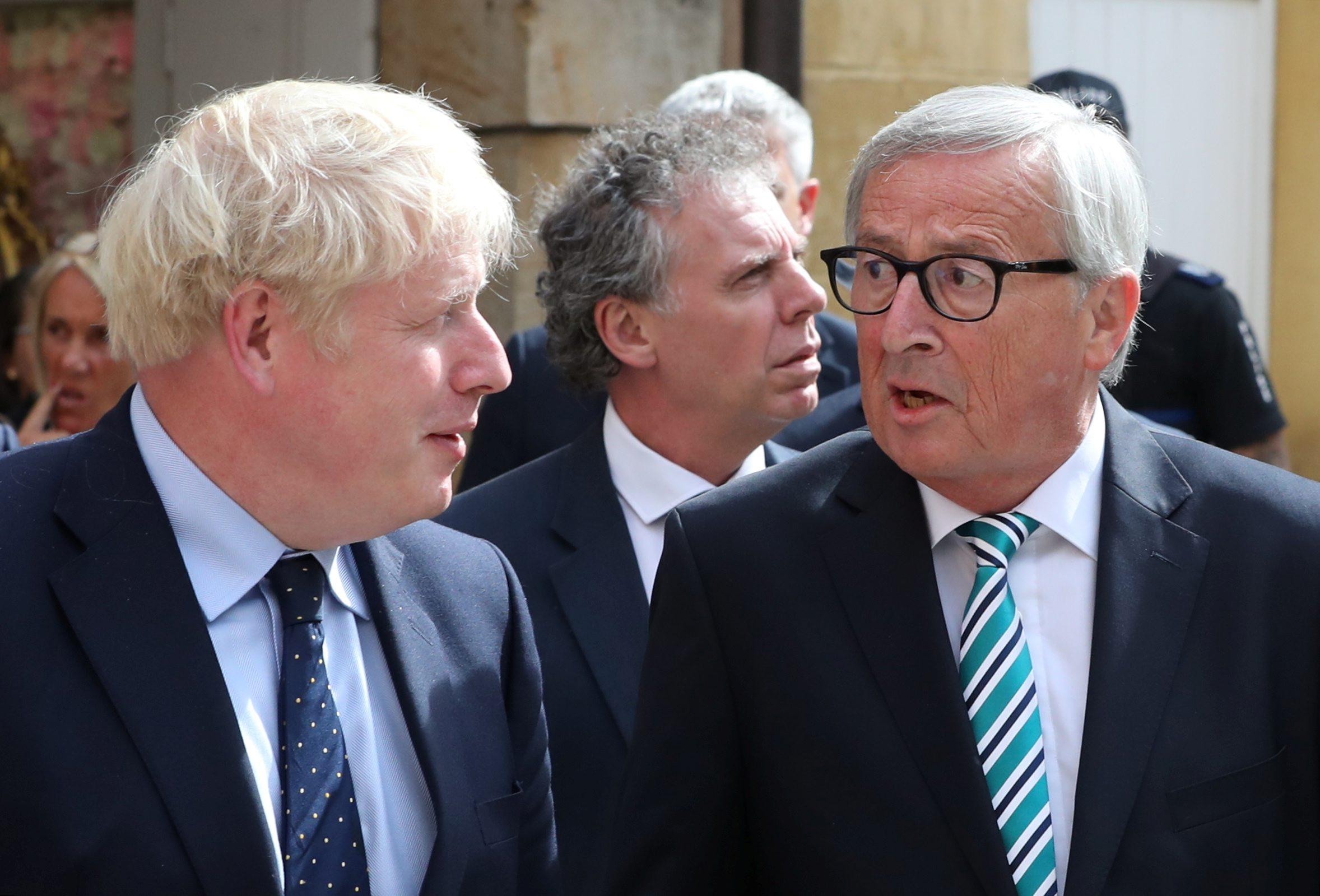 Boris Johnson i Jean-Claude Juncker