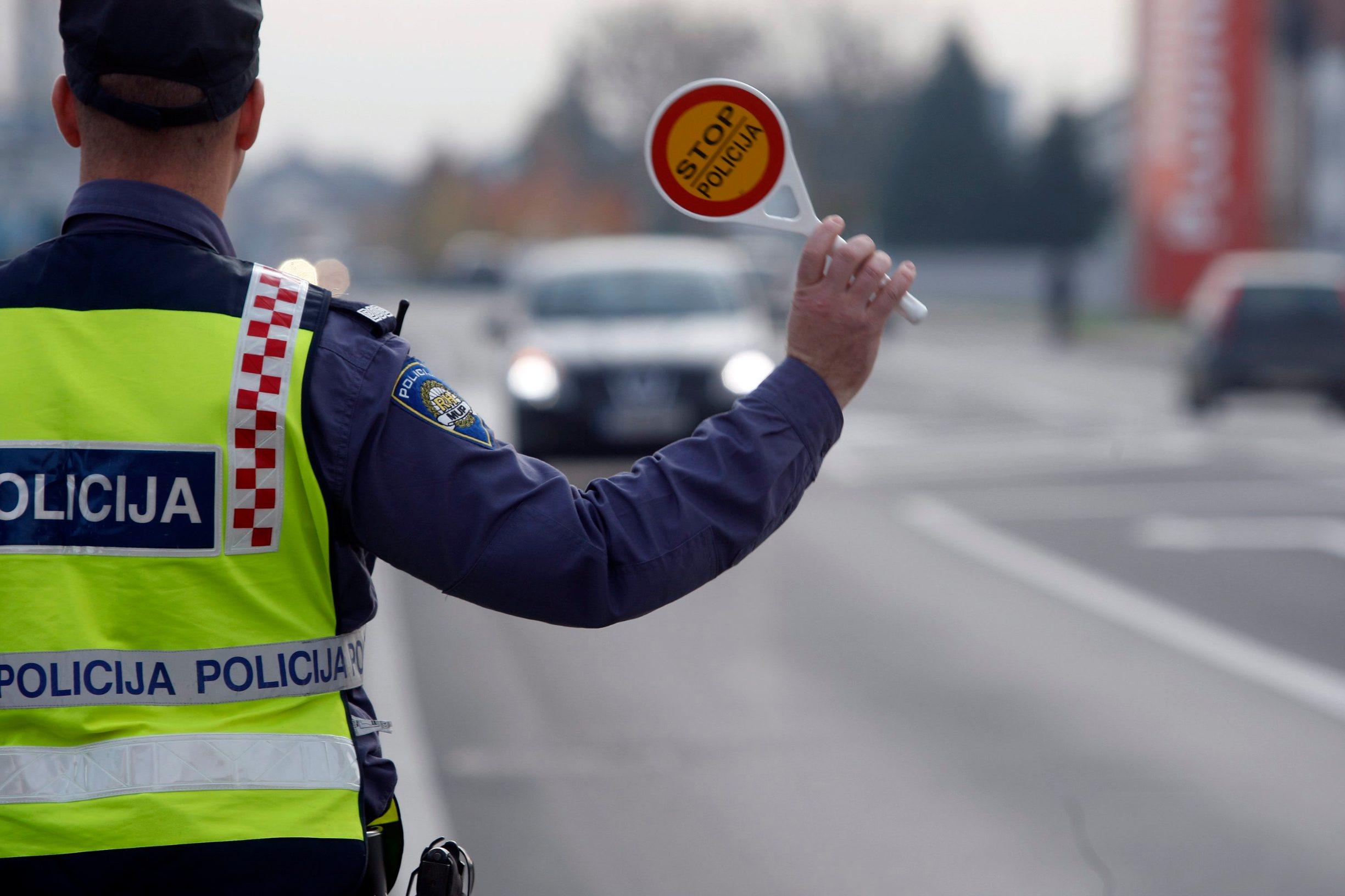 policija_kontrole7-111114
