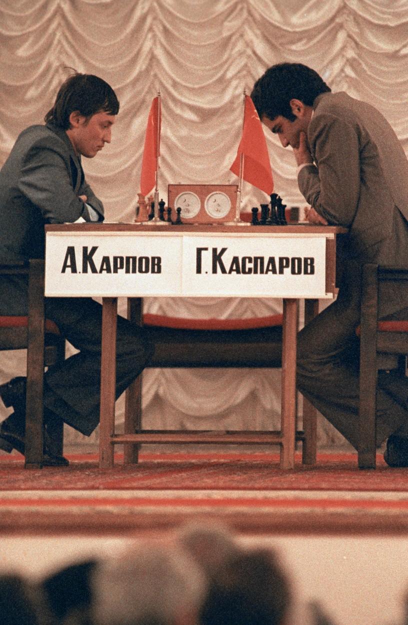 Anatolij Karpov i Gari Kasparov u borbi za naslov svjetskog prvaka 1984. godine