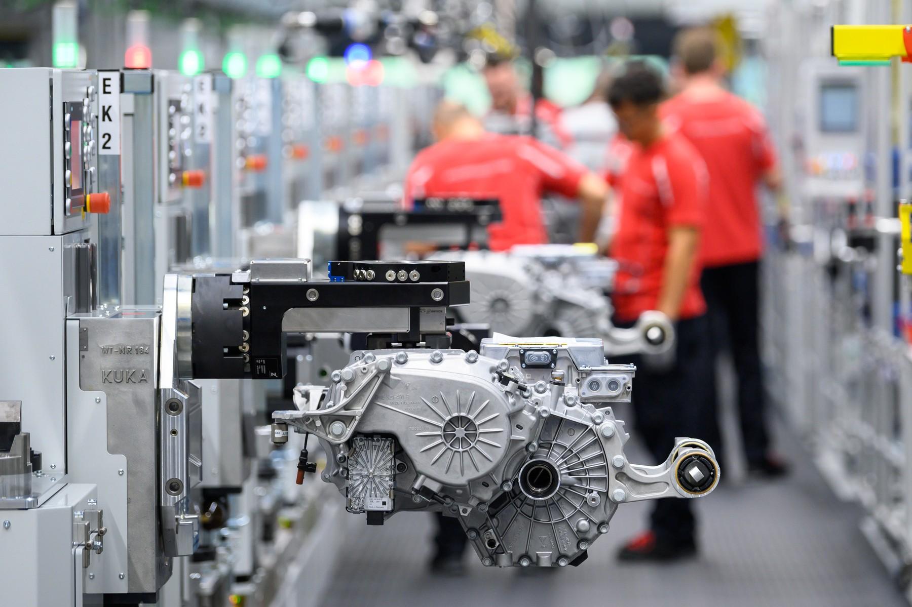 Porsche Taycan, tvornica u Stuttgartu
