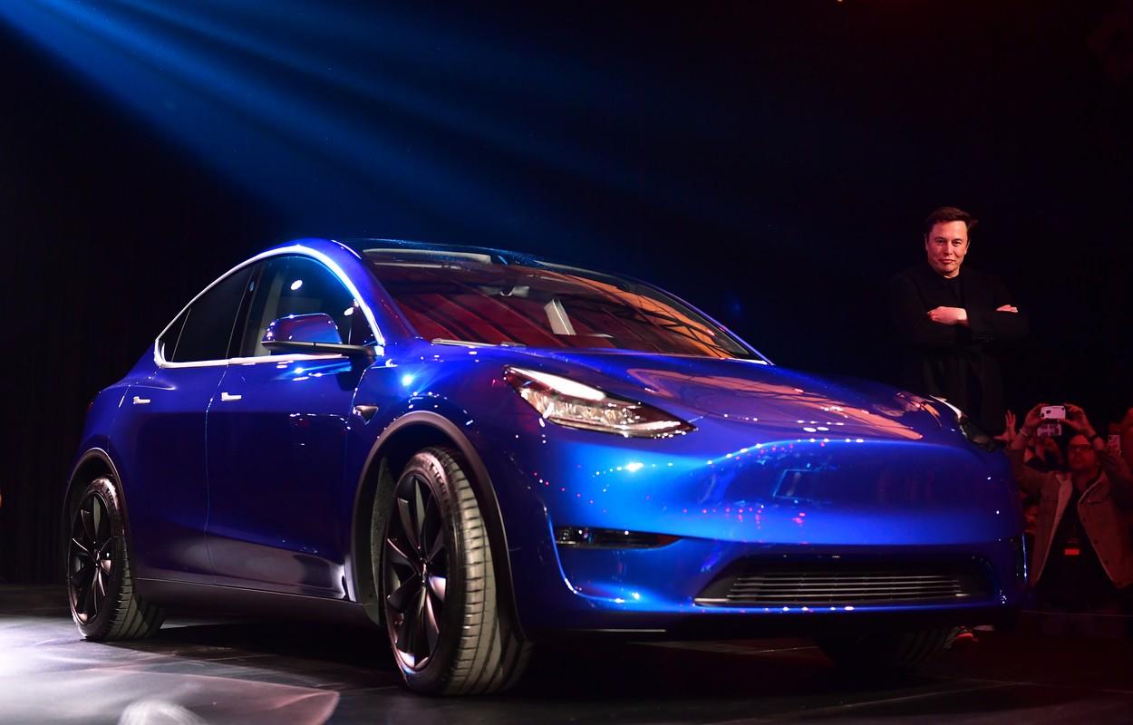 Elon Musk i Tesla Model Y