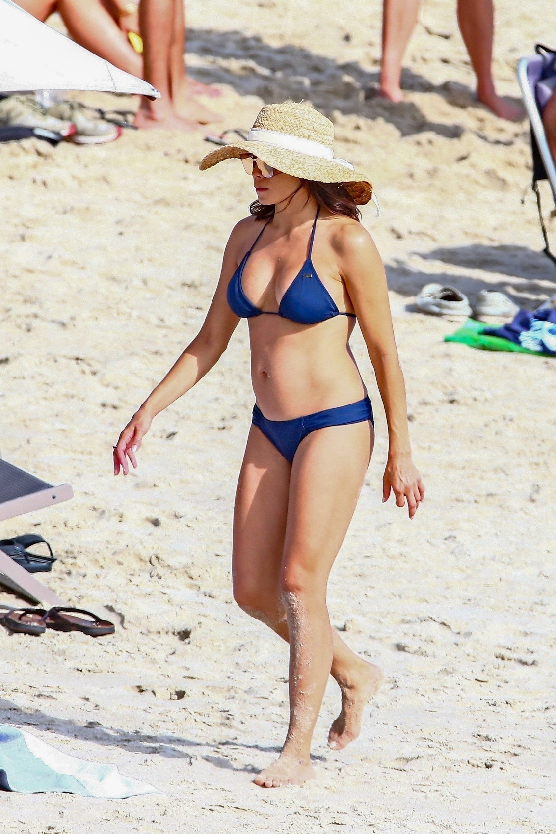 Los Angeles, CA  - *EXCLUSIVE*  - *Web Must Call For Pricing* Jenna Dewan kicks off her Labor Day weekend with a trip to a Los Angeles beach with her boyfriend Steve Kazee and daughter Everly Tatum. Jenna flaunts her toned figured in a navy blue bikini accessorized with a straw hat. *Shot on 08/30/19*  *UK Clients - Pictures Containing Children Please Pixelate Face Prior To Publication*, Image: 468261514, License: Rights-managed, Restrictions: , Model Release: no, Credit line: Profimedia, Backgrid USA