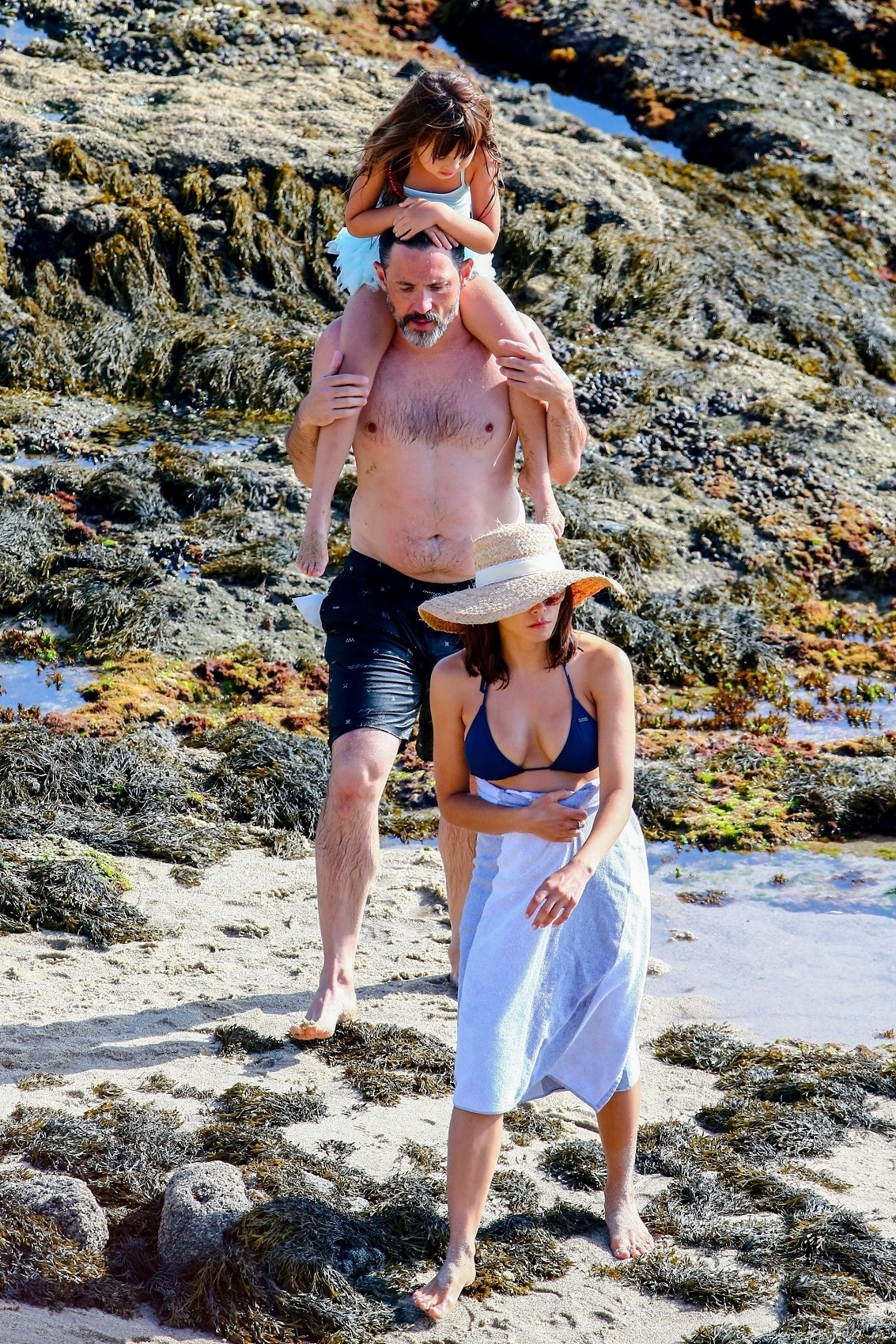 Los Angeles, CA  - *EXCLUSIVE*  - *Web Must Call For Pricing* Jenna Dewan kicks off her Labor Day weekend with a trip to a Los Angeles beach with her boyfriend Steve Kazee and daughter Everly Tatum. Jenna flaunts her toned figured in a navy blue bikini accessorized with a straw hat. *Shot on 08/30/19*  *UK Clients - Pictures Containing Children Please Pixelate Face Prior To Publication*, Image: 468261772, License: Rights-managed, Restrictions: , Model Release: no, Credit line: Profimedia, Backgrid USA