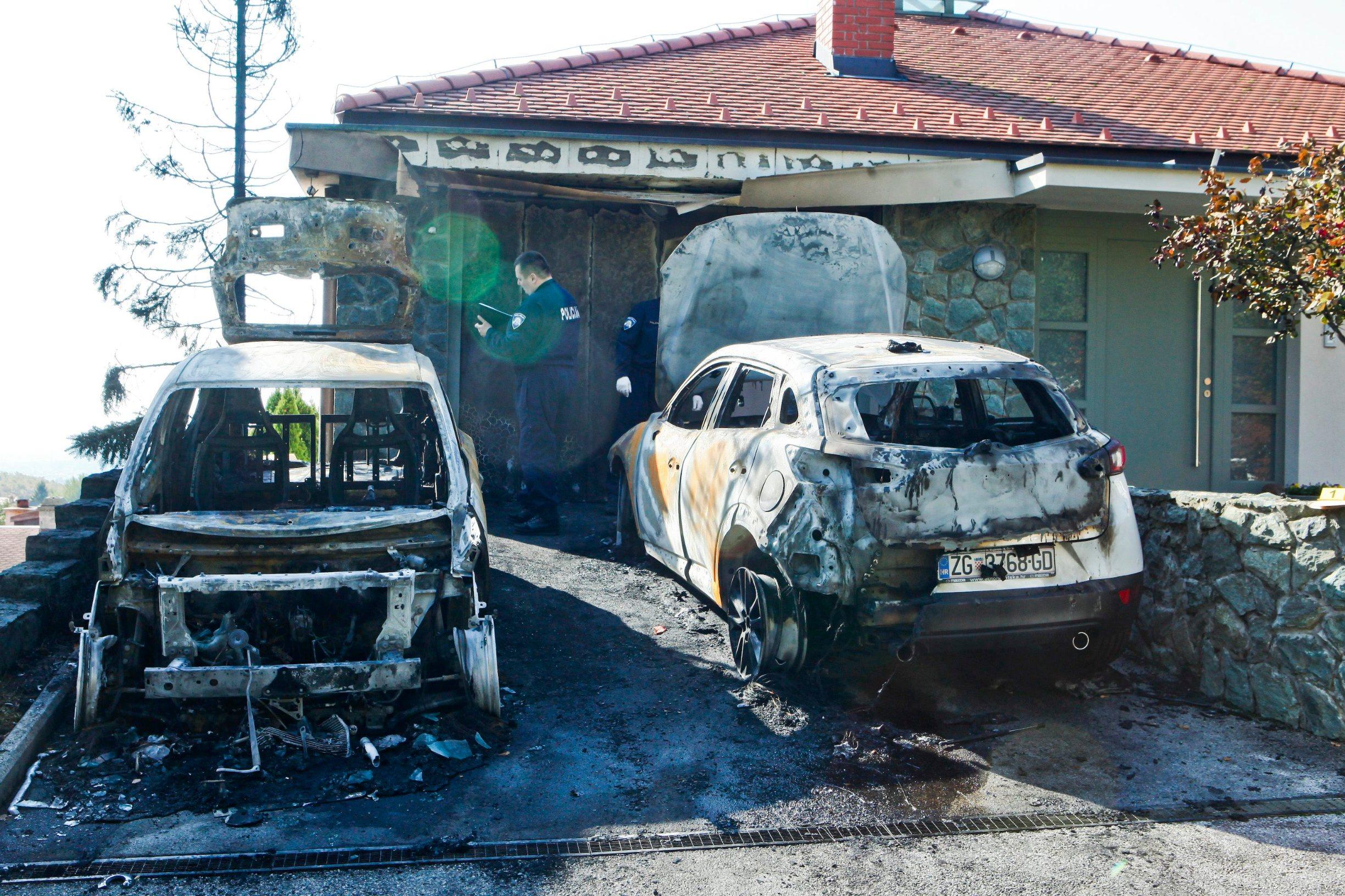 izgorjeli_automobili1-300919