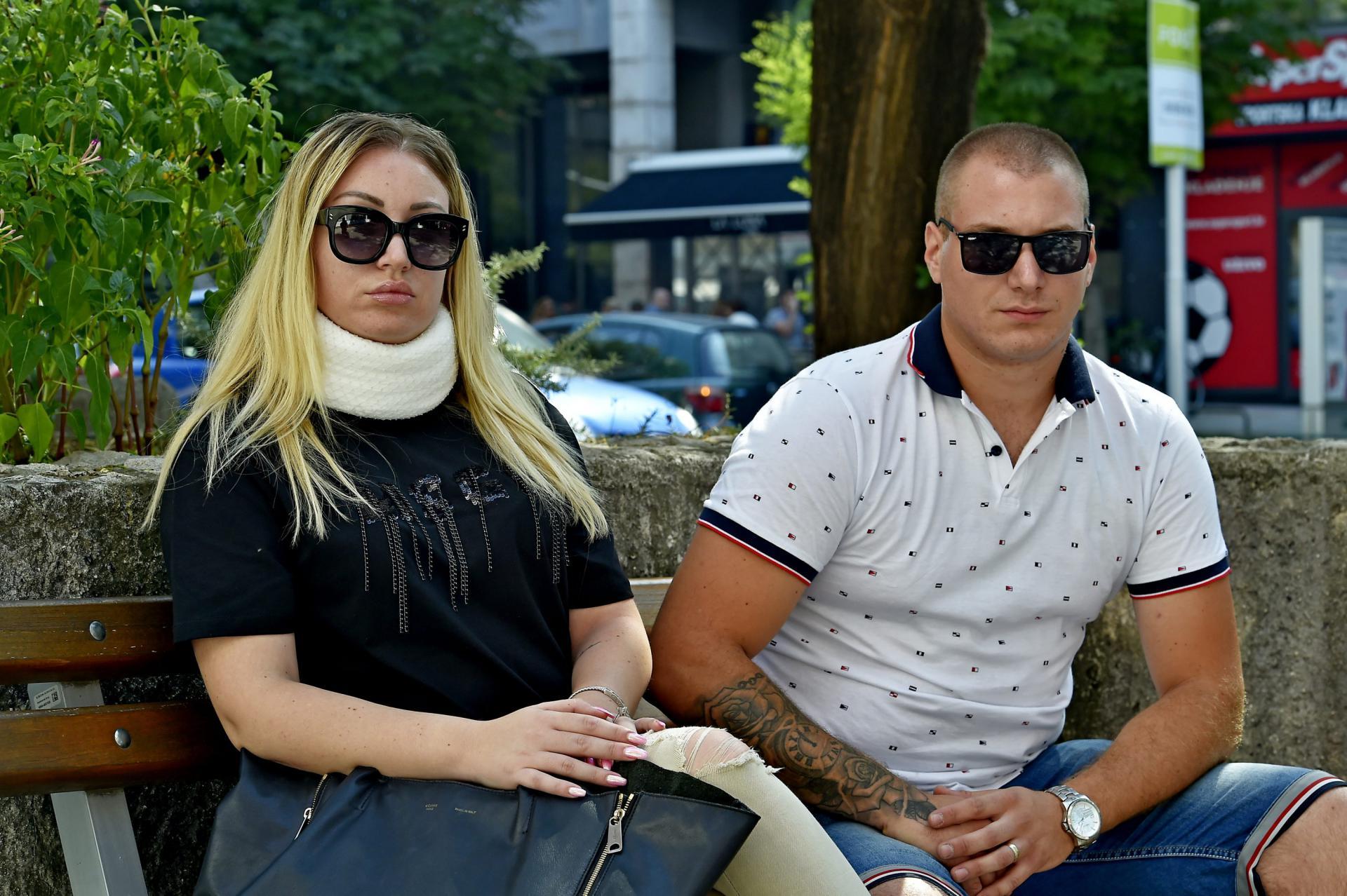 Mia Jaman i njen brat Marko
