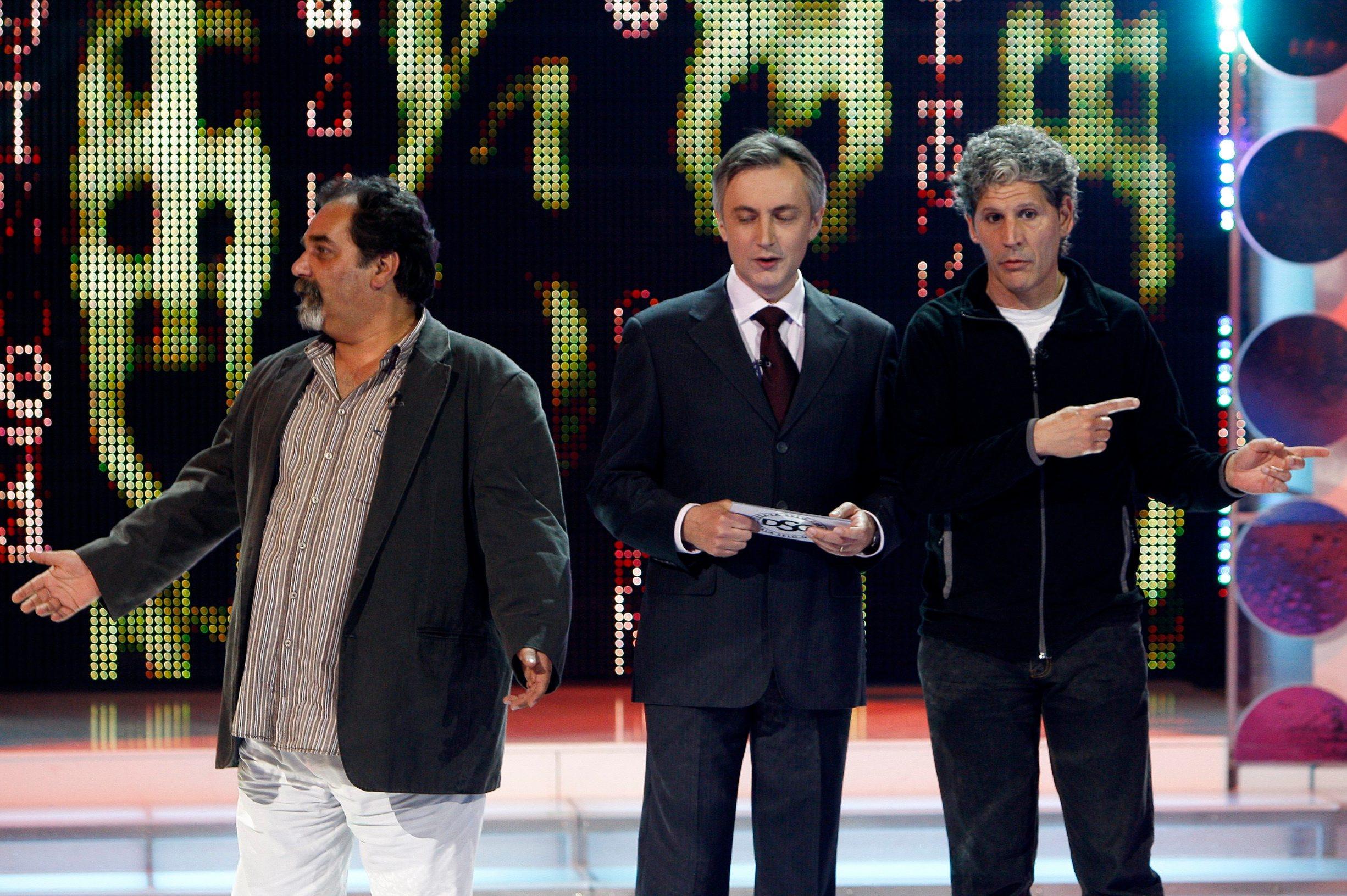 Zagreb, 200410. HTV, studio 10. Reportaza sa snimanja showa Miroslava Skore, prve polufinalne emisije