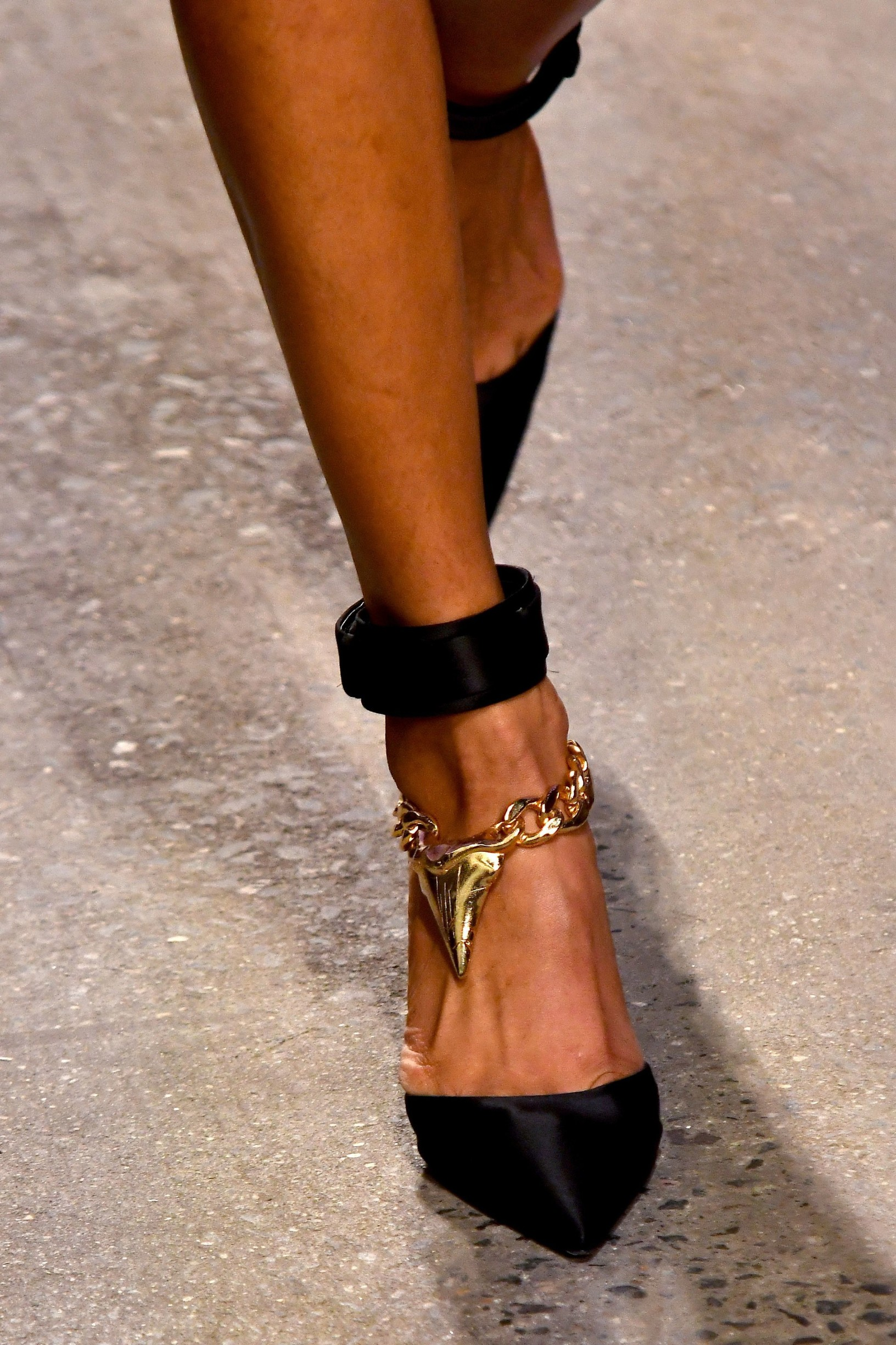 Model on catwalk, shoe detail Zimmermann show, Runway, Spring Summer 2020, New York Fashion Week, USA - 09 Sep 2019, Image: 469975283, License: Rights-managed, Restrictions: , Model Release: no, Credit line: WWD / Shutterstock Editorial / Profimedia