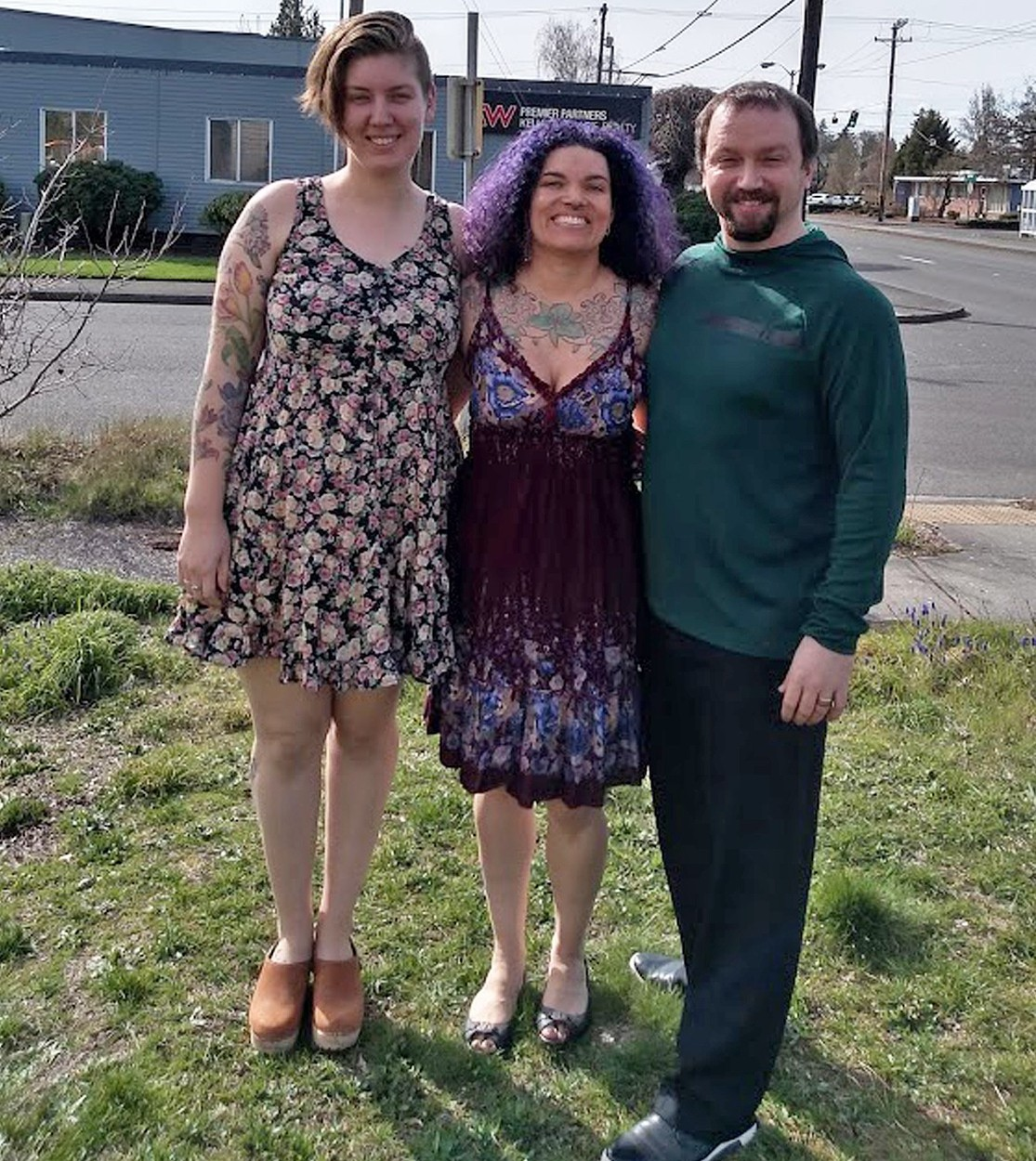 POLYAMOROUS WOMAN REVEALS HER AND HUBBY SLEEP WITH THEIR 'FIANCE' IN KING SIZE BED - IN PIC - (L-R) Ashley Welp, now 24, Ava Miller, now 40, and Anthony Miller, now 37, pictured in 2019. - A woman has revealed she is in a polyamorous relationship with her husband and 'fiancéâ. Ava Miller, 40, of Washington State, USA, had been married to husband, Anthony Miller, 37, for 16 years, until they decided to invite Ashley Welp, 24, into their marriage. Now the trio share a king-sized bed, and Ashley has become an 'aunt' to Ava and Anthony's two young sons. While some may find their marriage unconventional, Ava insists the polyamorous group have never felt happier. SEE HOTSPOT MEDIA COPY 0121 551 1004, Image: 440390423, License: Rights-managed, Restrictions: , Model Release: no, Credit line: HotSpot Media / HotSpot Media / Profimedia