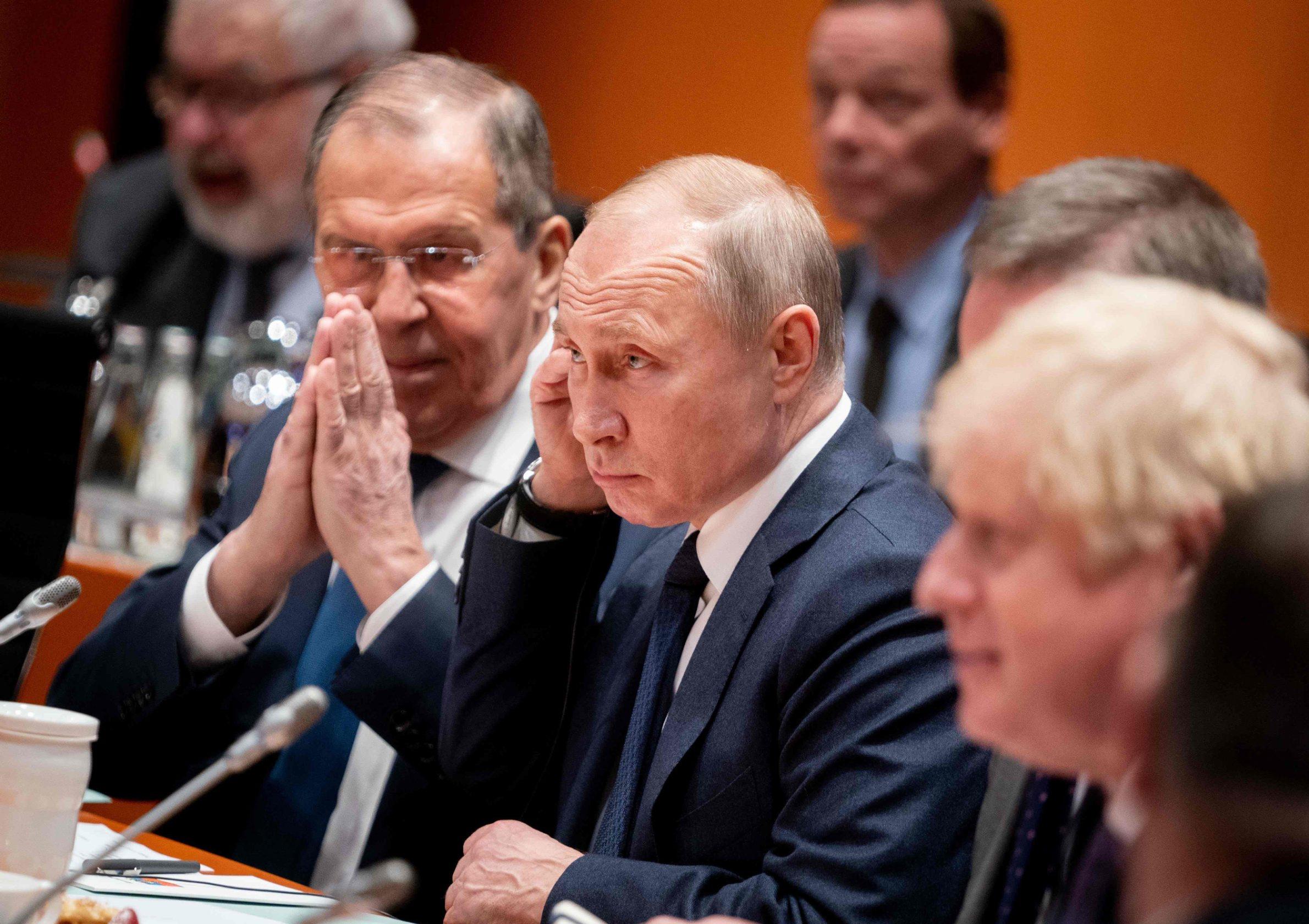 Ruski ministar vanjskih poslova Sergej Lavrov i Vladimir Putin