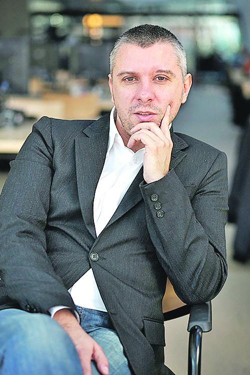 Zagreb, 211211. Hrvoje Klasic, profesor na filozofskom fakultetu. Foto: Dragan Matic / Cropix