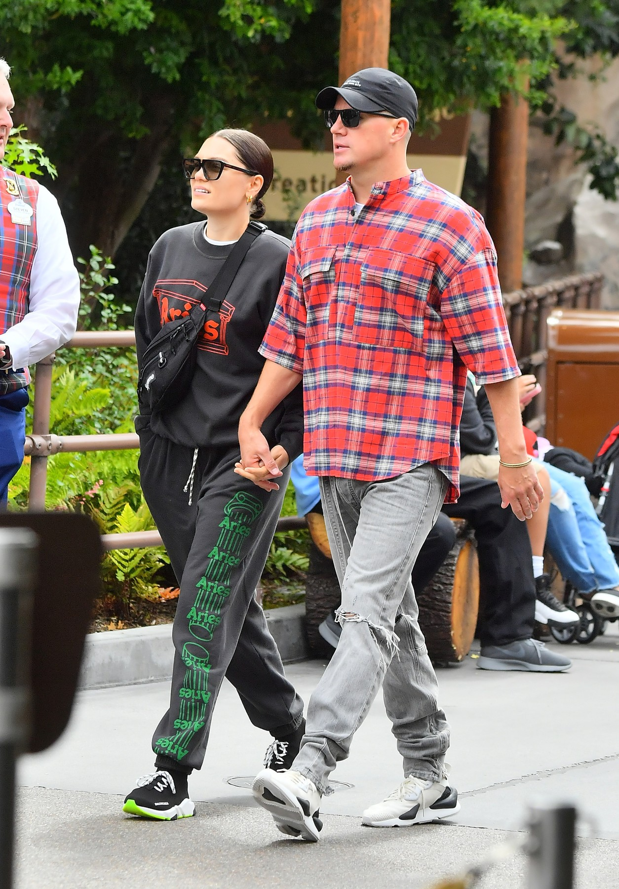 ** EXCLUSIVE PREMIUM RATES APPLY **   Channing Tatum and Jessie J look completely in love as they pack on endless PDA while on a date at the happiest place on earth, Disneyland. The happy couple, who were joined by a VIP tour guide as they spent the day at Disneyland. They were seen riding many of  the park's rides including the Matterhorn, Autopia and Space Mountain. They were seen constantly holding each other as they made their way through the park.  At one point Jesse was seen giving Channing's nose a playful honk.  They looked adorable as they rode the Autopia ride together. 15 May 2019, Image: 433811637, License: Rights-managed, Restrictions: World Rights, Model Release: no, Credit line: Marksman/ Snorlax / MEGA / The Mega Agency / Profimedia
