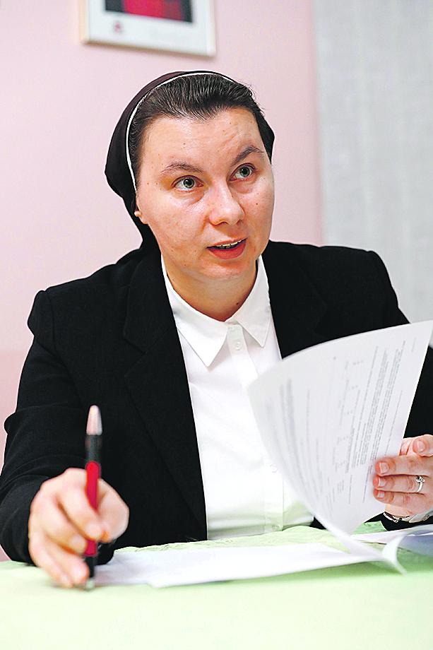 Bjelovar, 230120. Sestra Stanka Orsolic iz udruge Greta koja na europskoj razini brine o ljudima koji su bili robovi. Na fotografiji: sestra Stanka Orsolic. Foto: Tomislav Kristo / CROPIX